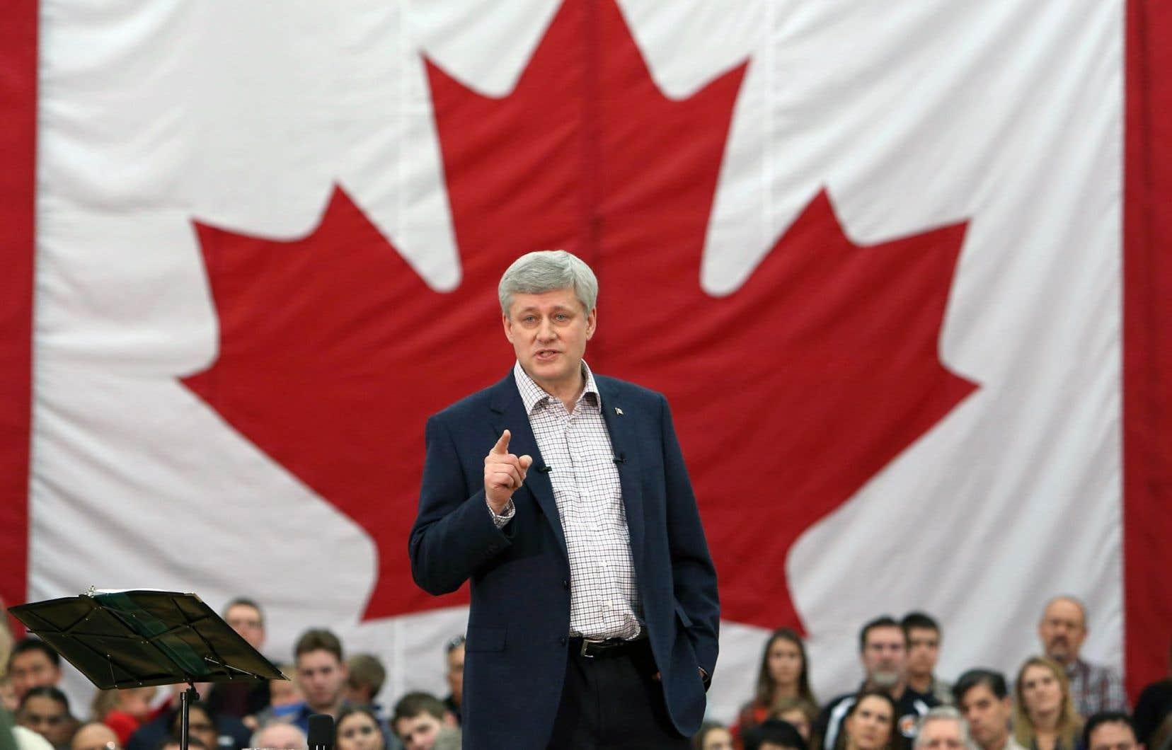 Le premier ministre Harper s'est adressé à des partisans, dimanche à Ottawa, dans un discours à saveur électorale.