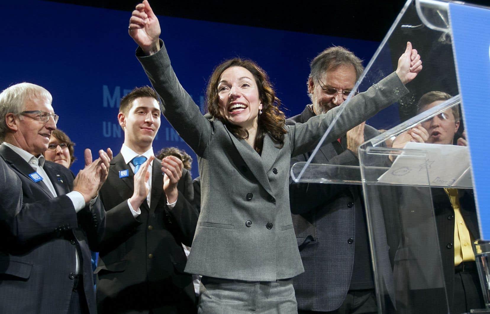 Plusieurs membres de l'ancienne équipe de Jean-François Lisée étaient présents dimanche aux côtés de Martine Ouellet, députée de Vachon.
