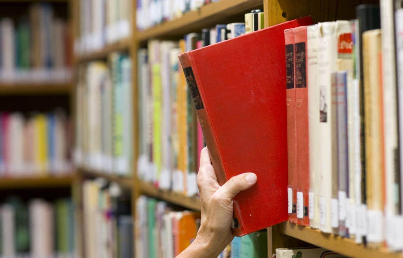 L'Université Laval est la seule université québécoise à avoir choisi de ne pas renouveler l'entente qui la liait à Copibec pour le versement de droits de reproduction, laquelle a pris fin en mai 2014.
