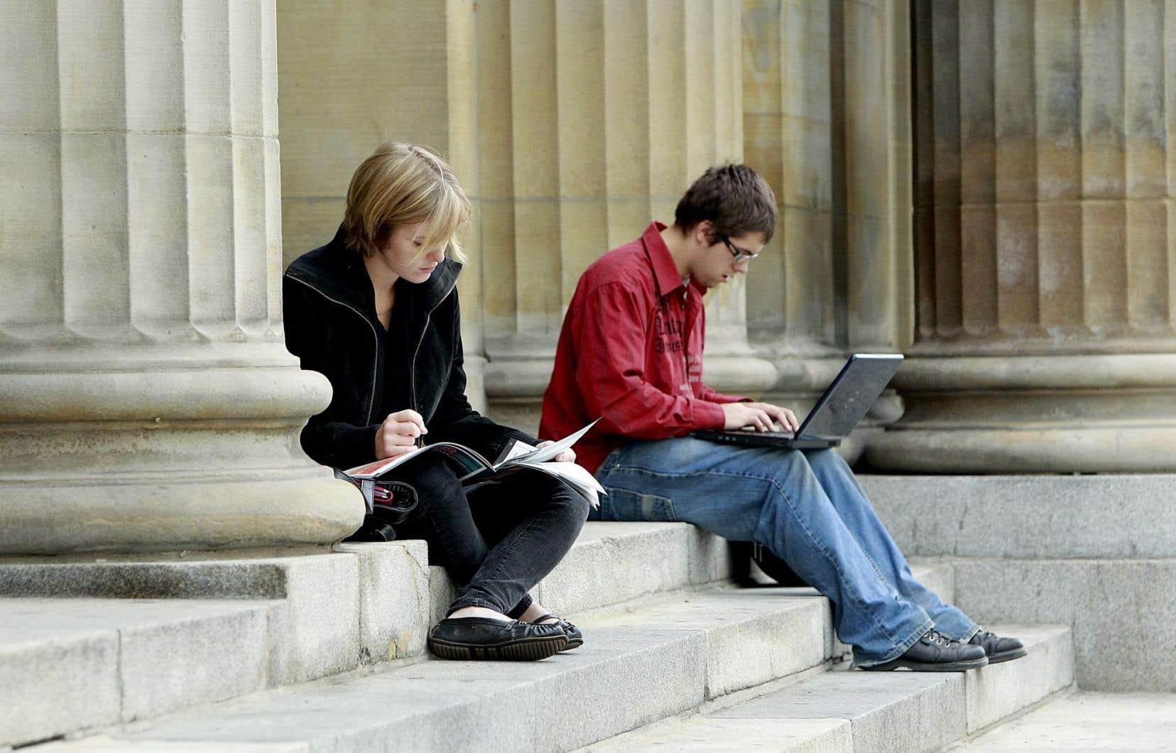 Les étudiants québécois en France ne perdent rien au change avec le nouvel accord.