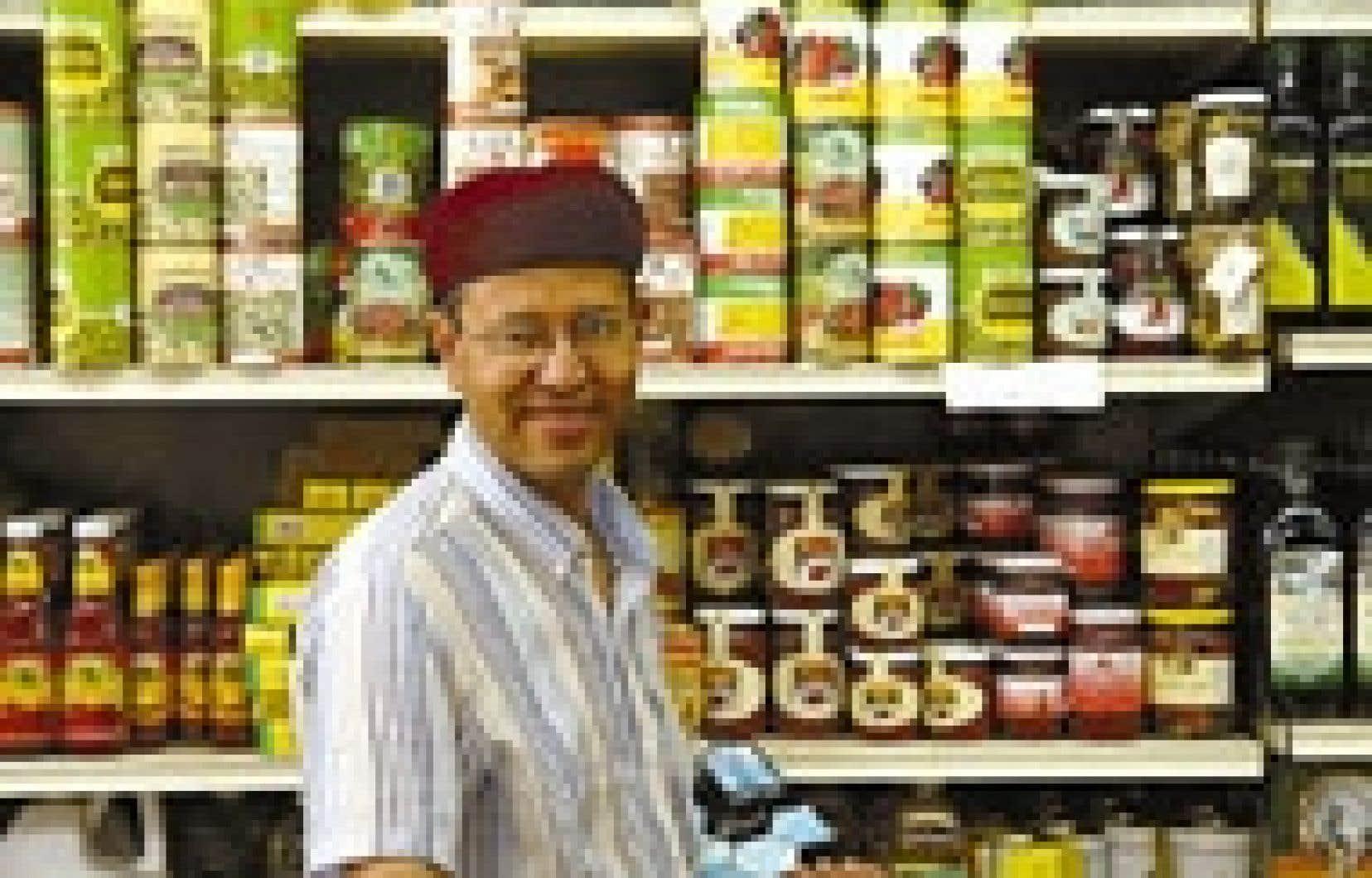 Comme la plupart des commerçants arabophones, Mohammed Rekik a la bosse des affaires.