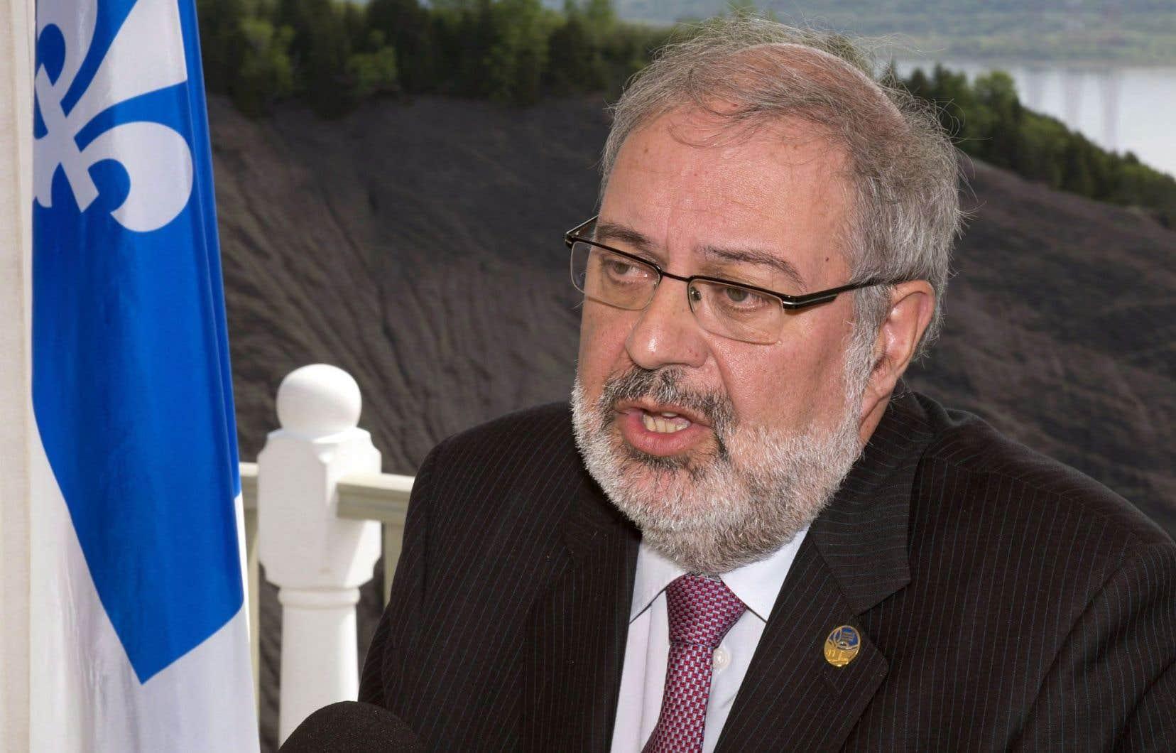 Le ministre de l'Énergie et des Ressources naturelles, Pierre Arcand, a jugé utile de relancer le processus en novembre dernier sans renier la précédente analyse.