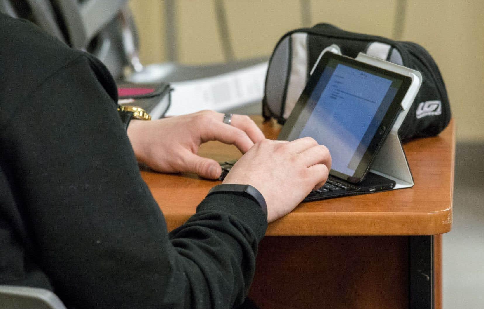 La première phase de la loi canadienne anti-pourriel, qui s'attaque aux courriels non sollicités, est entrée en vigueur l'été dernier.<br />