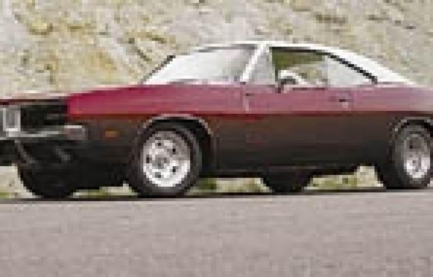 En riposte à la Mustang, Dodge lança en 1966 la Charger.