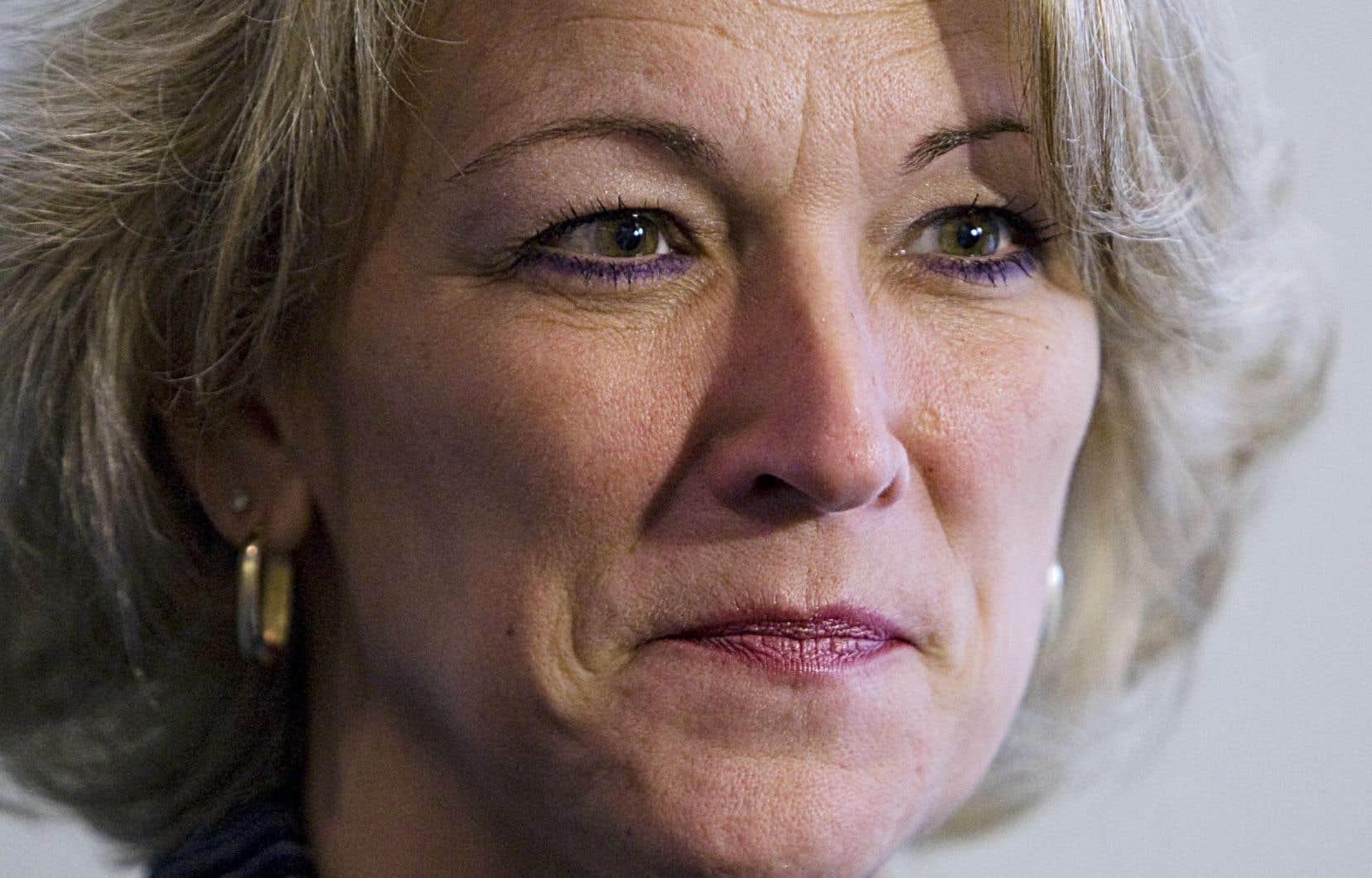 La ministre de la Sécurité publique, Lise Thériault