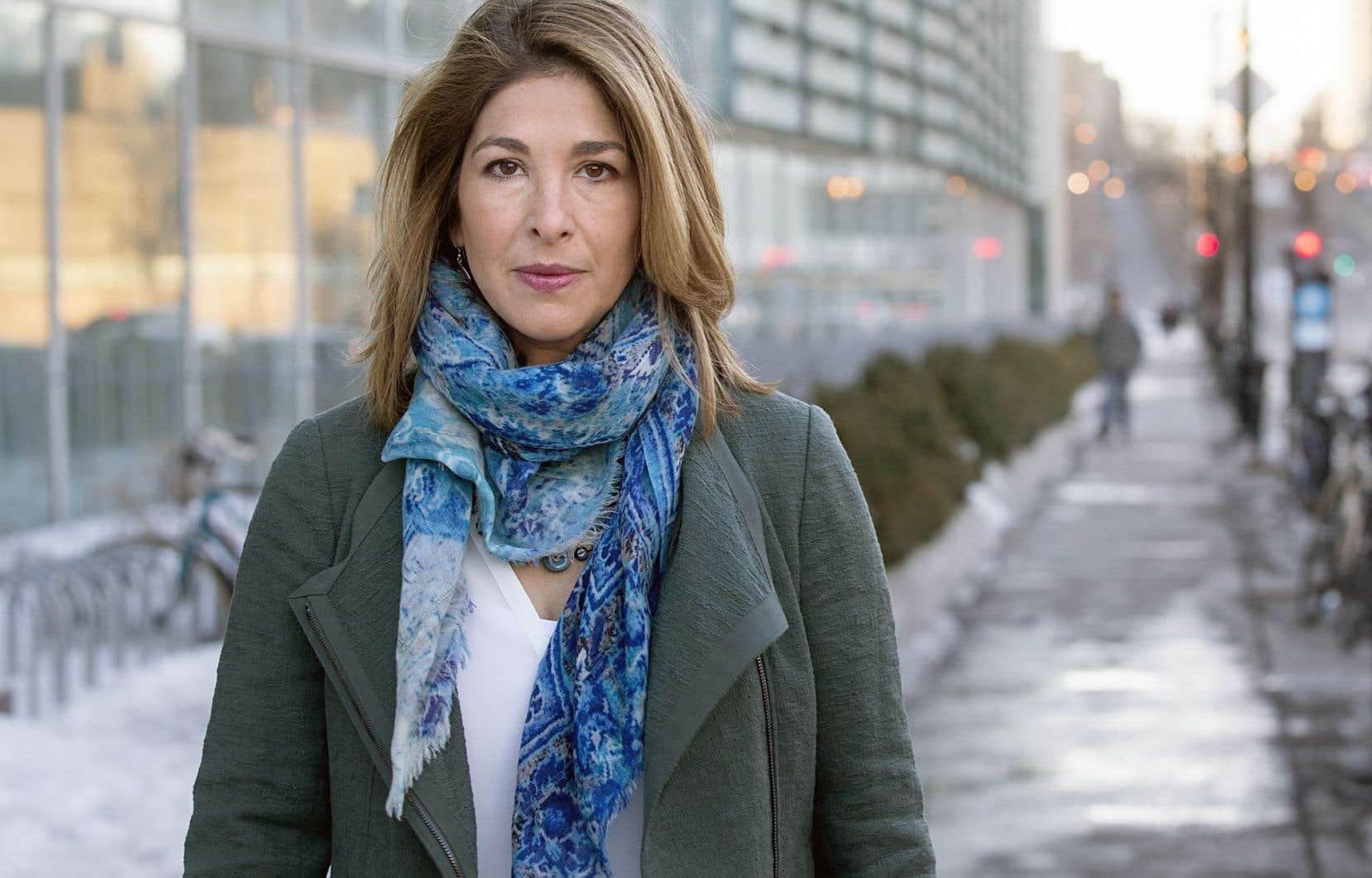 «Il y a un mouvement continental très fort contre les sables bitumineux et [le Québec a] un rôle important à jouer pour prendre part à cette opposition, au lieu de devenir un allié des compagnies pétrolières », affirme Naomi Klein.