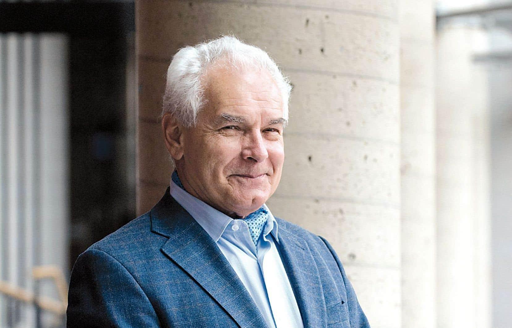 Le fondateur des Édition de l'IEIM, Dorval Brunelle