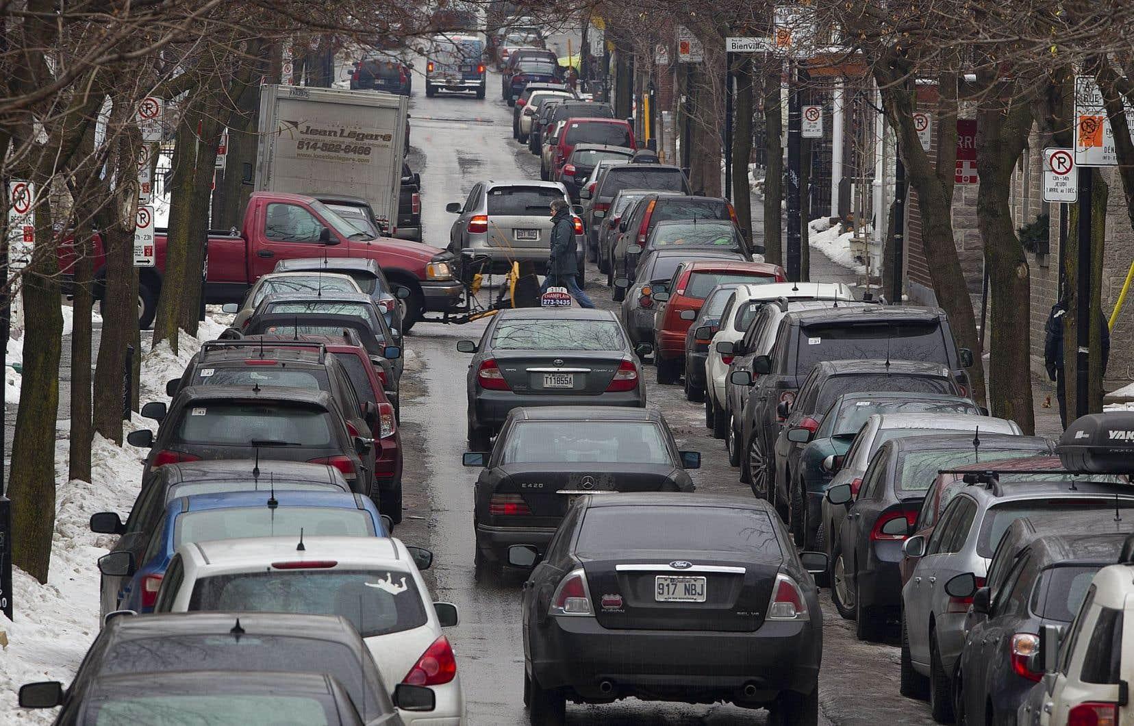 L'étude du GRAME déboulonne certains « mythes », comme le fait que les taxes sur les carburants permettraient aux automobilistes de payer leur juste part des coûts qu'ils engendrent.