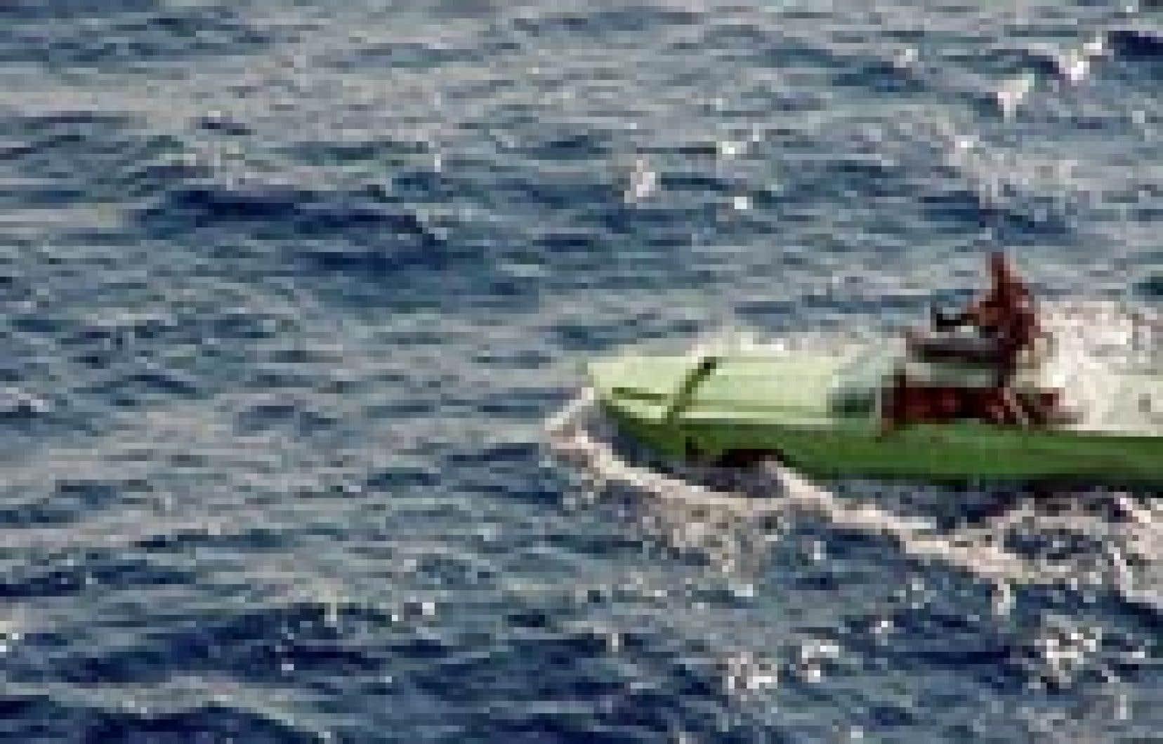 La garde côtière américaine a dû se frotter les yeux par deux fois avant d'intercepter la grosse Buick verte 1959 qui voguait tranquillement en direction de la côte de la Floride avec, à son bord, onze exilés cubains épris de liberté.
