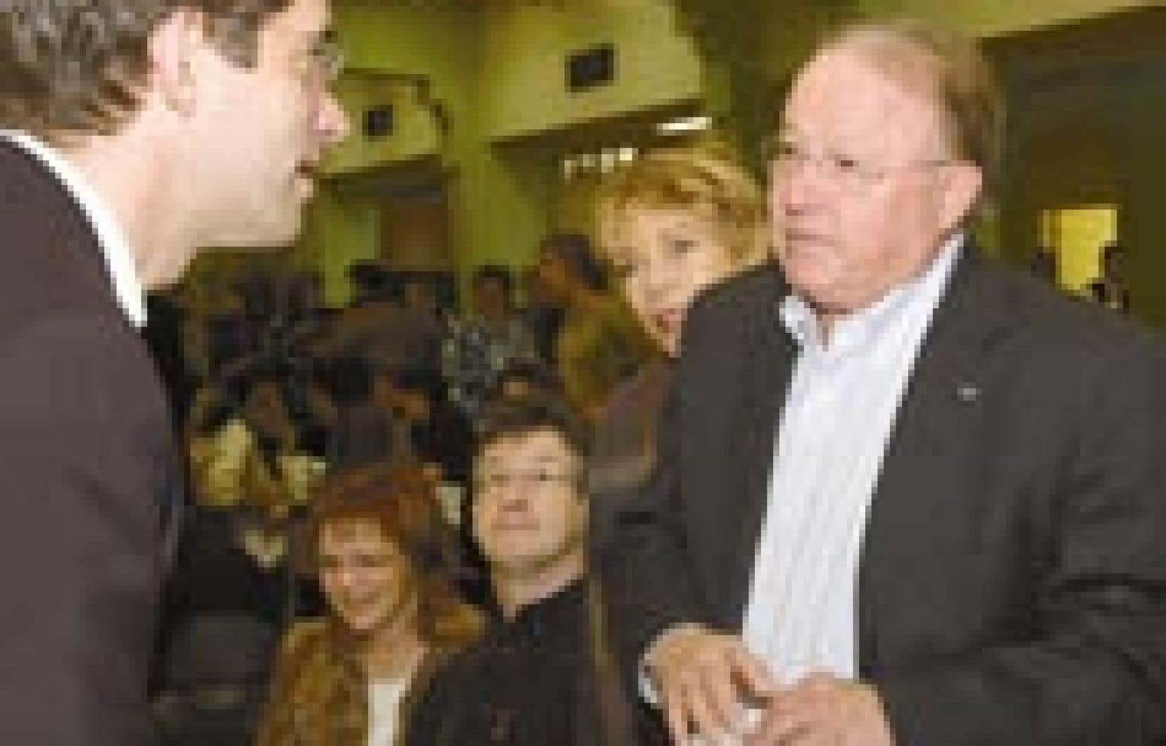 De passage dans la circonscription de Gouin afin de participer à un déjeuner-causerie dans le sous-sol de l'église Saint-Jean-Berchmans hier midi, Bernard Landry a tenu à féliciter André Boisclair pour ses ambitions universitaires, tout en le pri