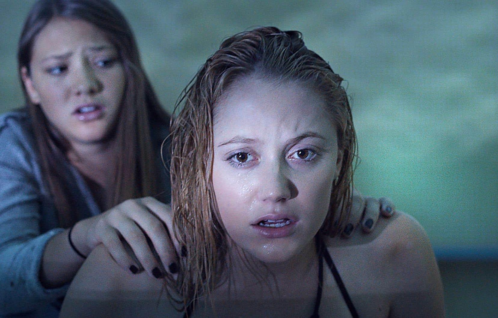Souvent métaphore de l'inconscient collectif, le film d'horreur Traquée n'échappe pas à la règle, surfant sur la menace des infections transmissibles sexuellement.