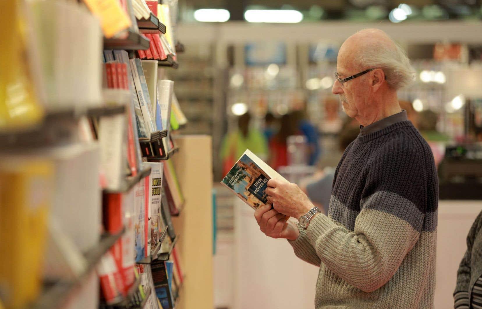 2014 est marquée par une baisse assez forte, et étonnante, des ventes de livres en grandes surfaces.