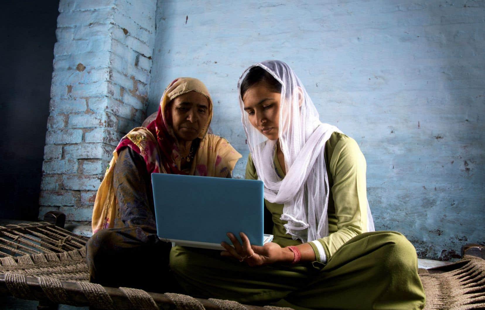 Plus de la moitié de la population mondiale dispose maintenant d'un téléphone cellulaire, contre 39 % qui ont accès à Internet.