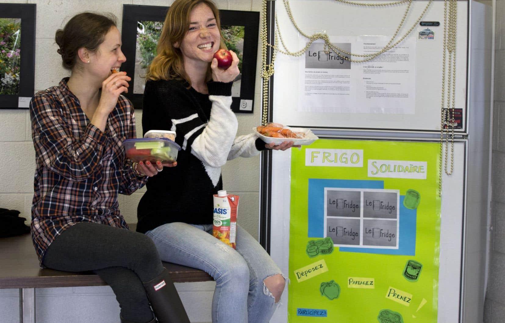 Emilie et Jessica, les deux instigatrices de «Le Fridge» dans Rosemont–La Petite-Patrie