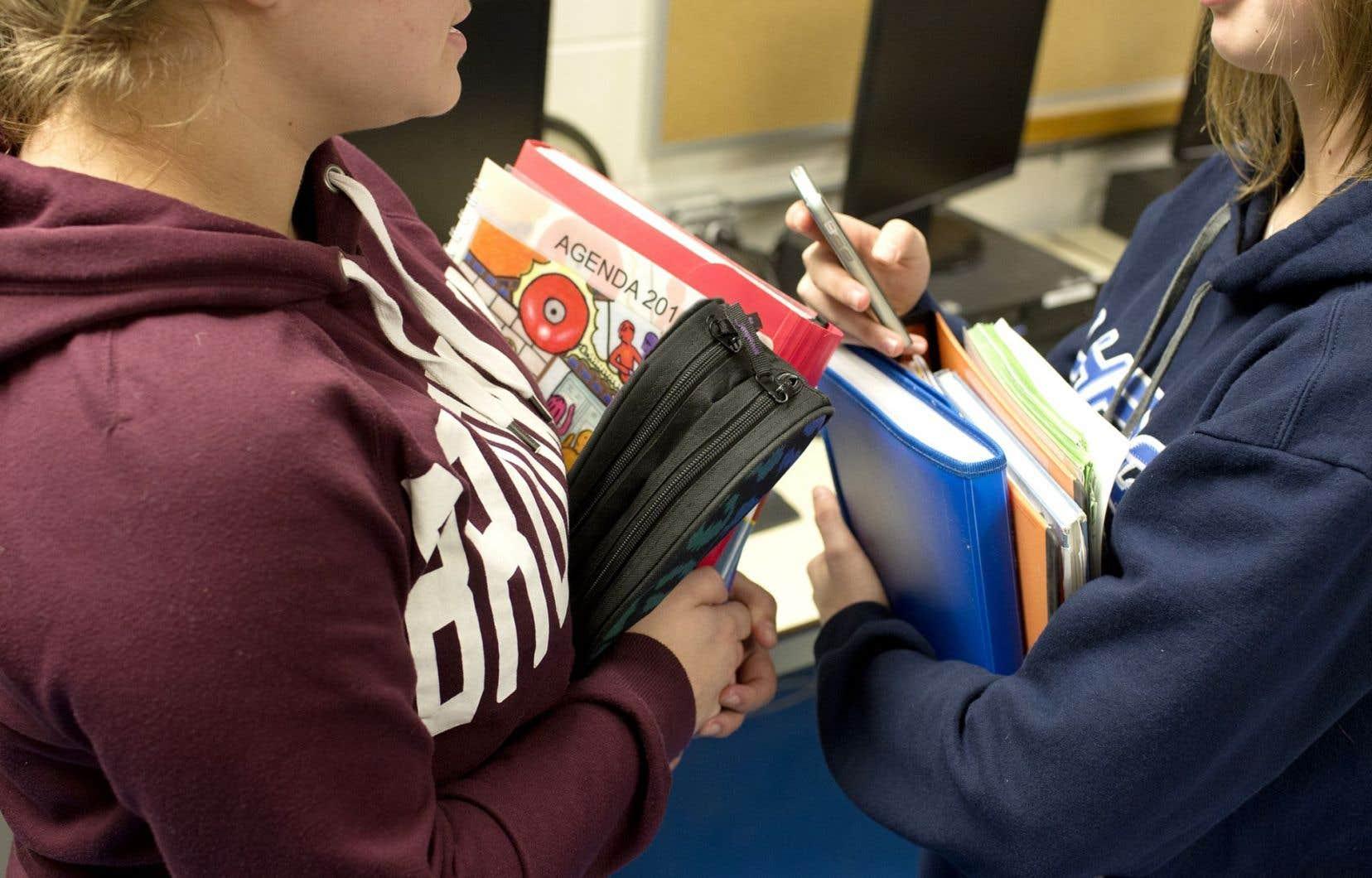 Les cours d'éducation économique au secondaire ont disparu en 2009.