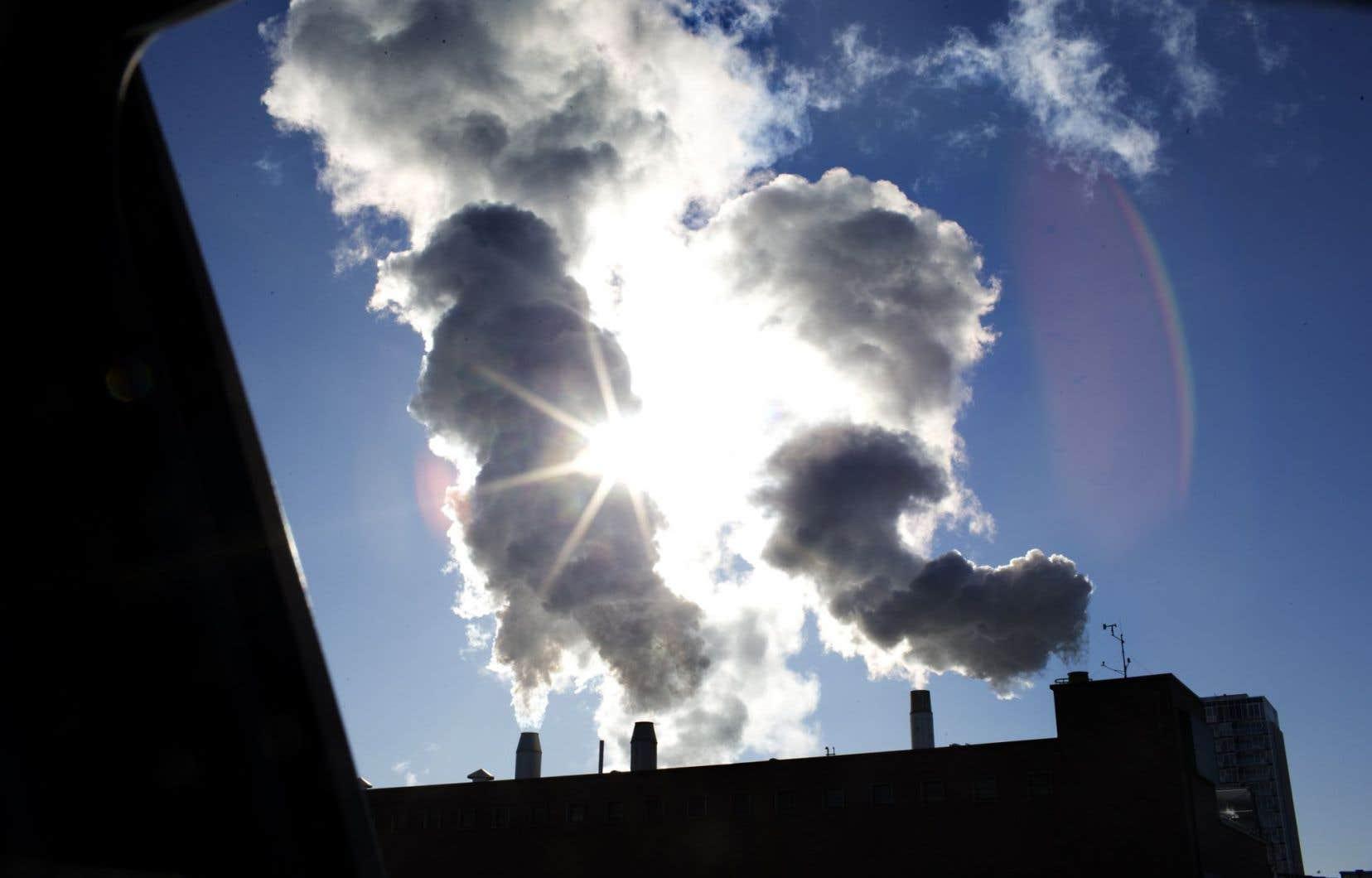 Les données de la NOAA montrent que le taux moyen d'augmentation des concentrations de CO2 dans l'atmosphère a été de 2,25 ppm par an de 2012 à 2014.