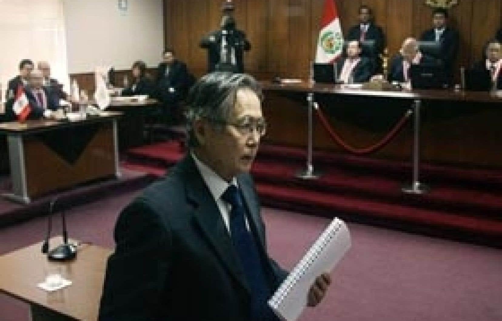 Alberto Fujimori, peu après le prononcé de sa sentence, hier