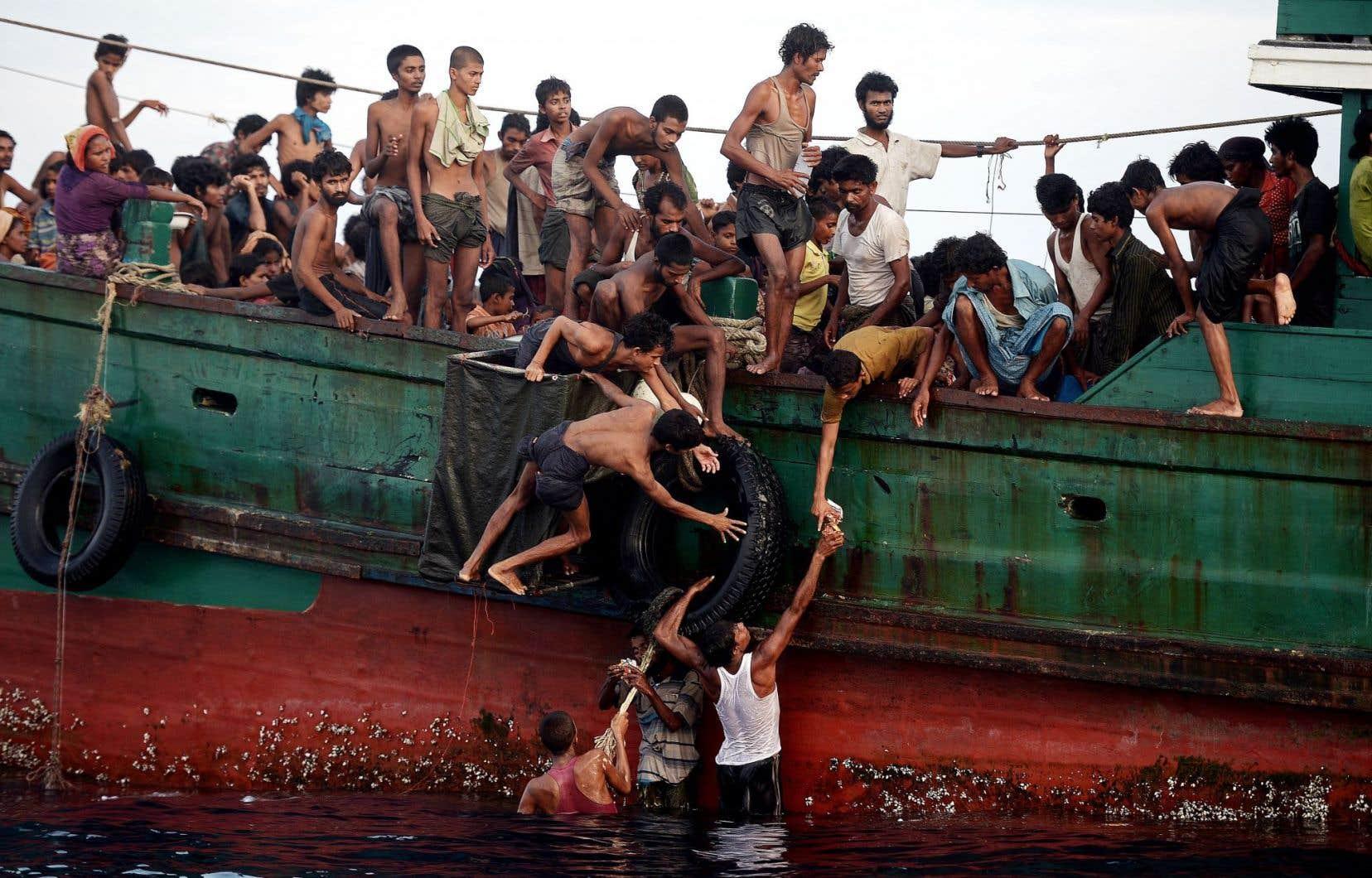 Des milliers de migrants de Birmanie et du Bangladesh étaient jeudi en perdition en mer d'Andaman, en Asie du Sud-Est.