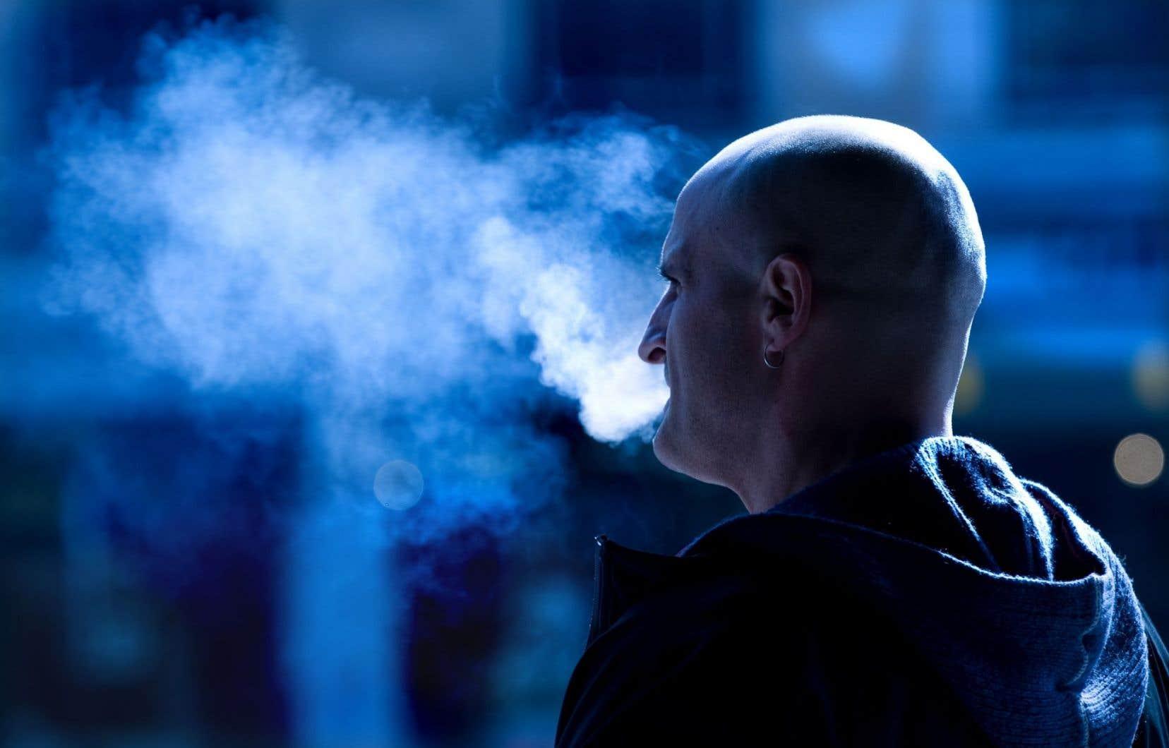 Environ 250millions d'humains sont fumeurs
