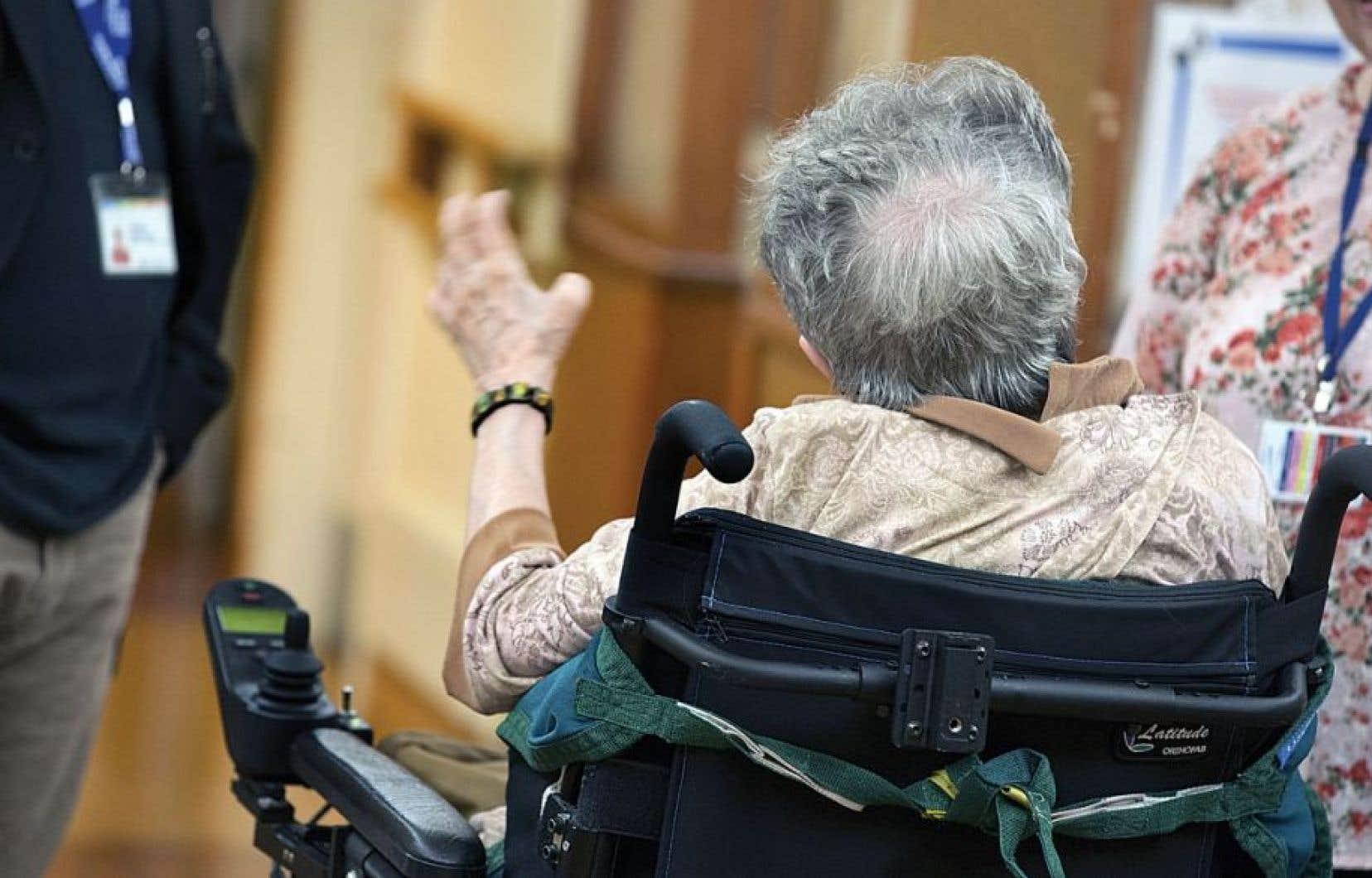 La présidente de l'Institut de planification des soins mentionne que jamais nous n'avions vu, dans l'histoire de l'humanité, « autant de personnes âgées qui ont une longévité extraordinaire<br />