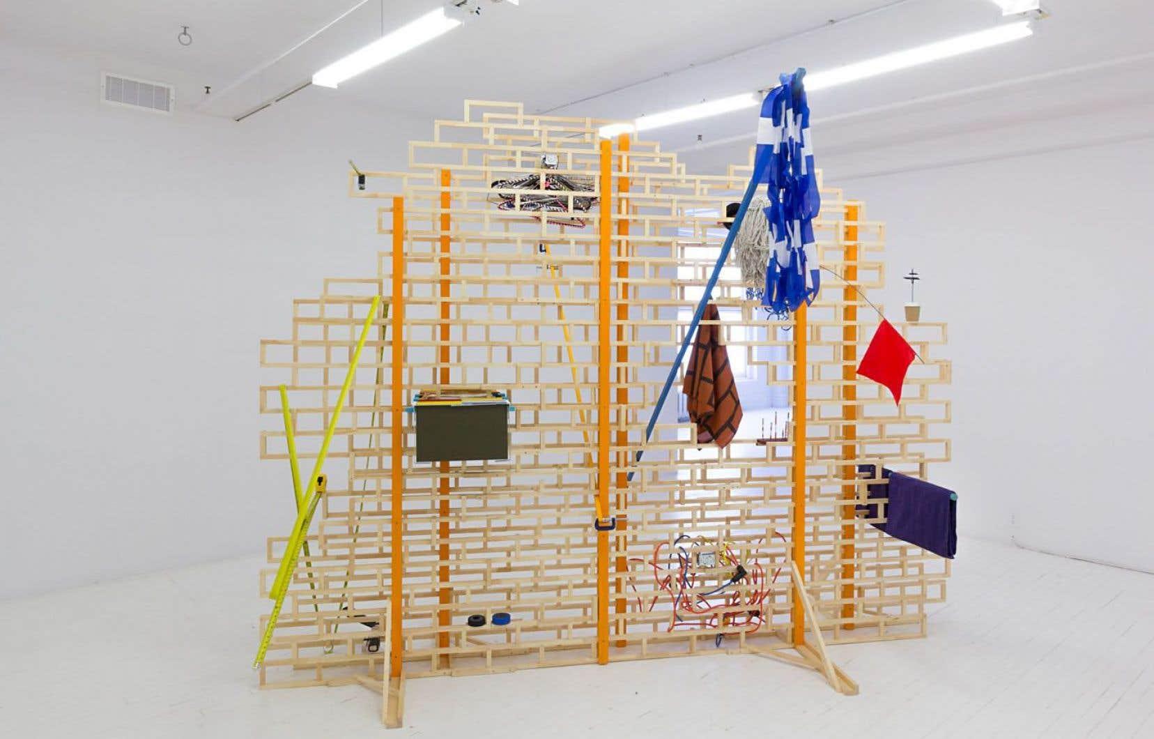 Francis Arguin fait partie d'une nouvelle génération de sculpteurs québécois qui brassent bien des idées reçues.
