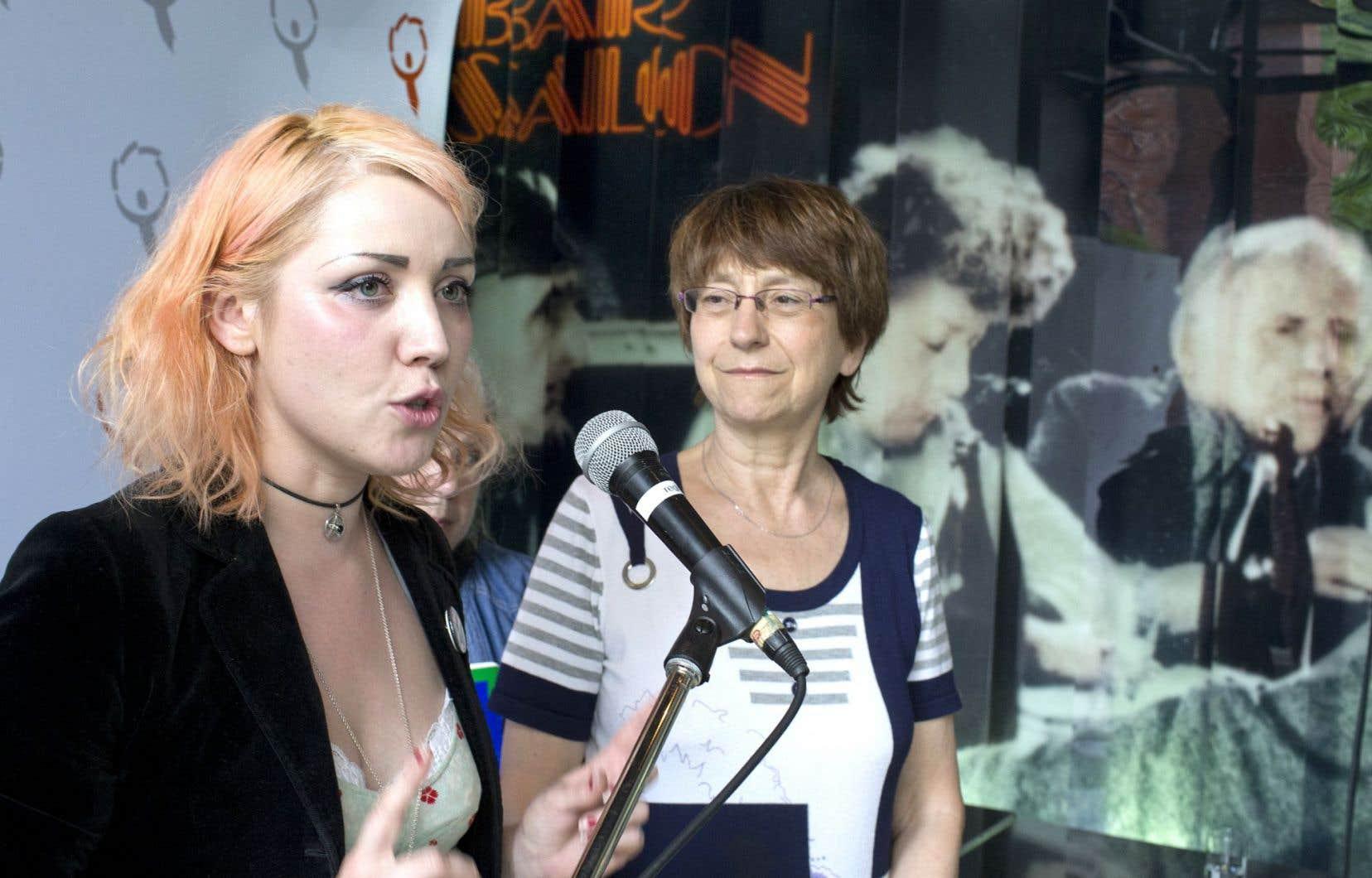 Invitée au dixième congrès de Québec solidaire, qui se tient cette fin de semaine, la militante féministe écossaise Cat Boyd était avec Françoise David, vendredi à Montréal.