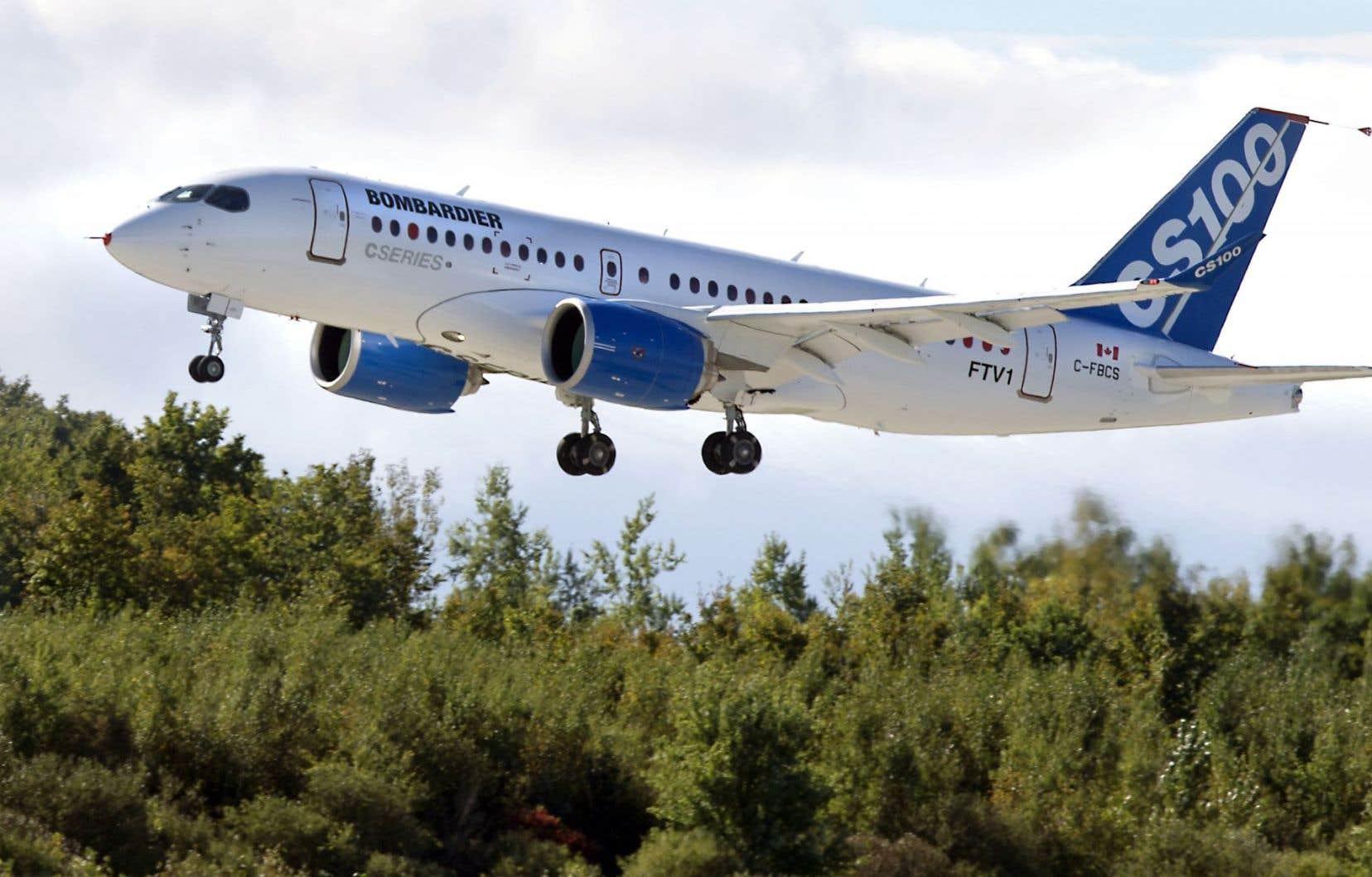 Bombardier cumule 243 commandes fermes pour sa CSeries, qui se décline en deux versions: CS100 et CS300.