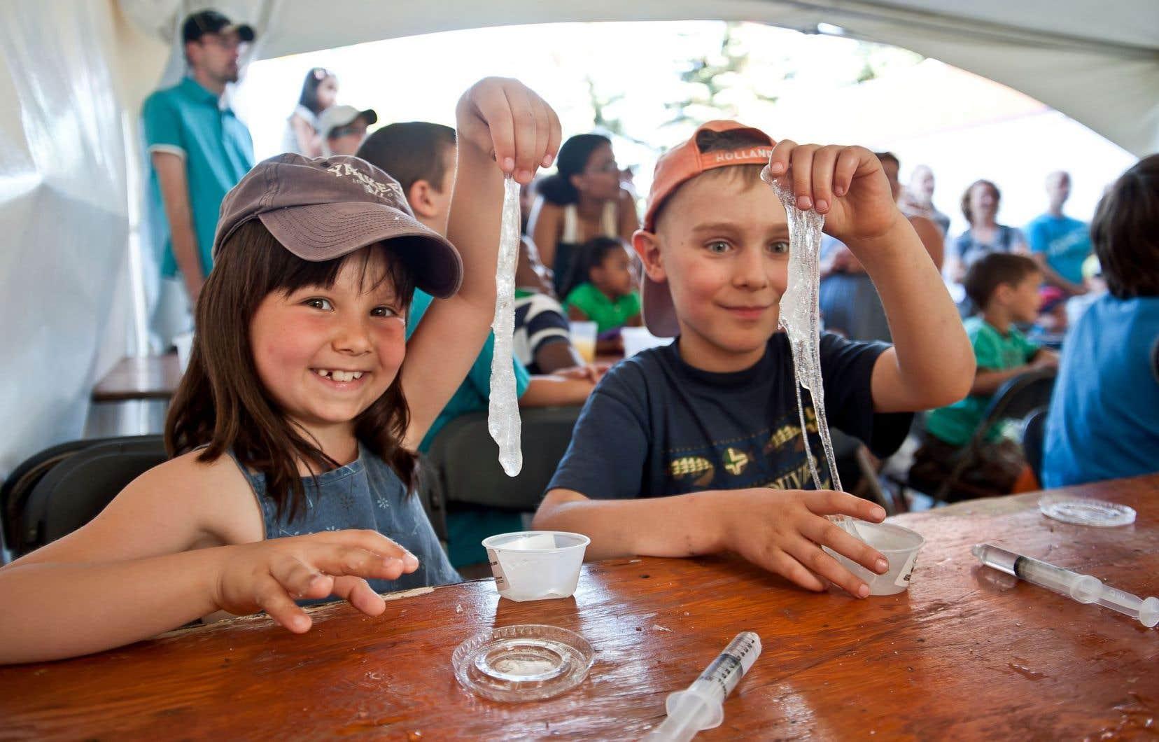 La plus grande fête de la science au Québec prend d'assaut les quais du Vieux-Port, autour du Centre des sciences de Montréal, et propose ce week-end plus d'une centaine d'activités à saveur scientifique.