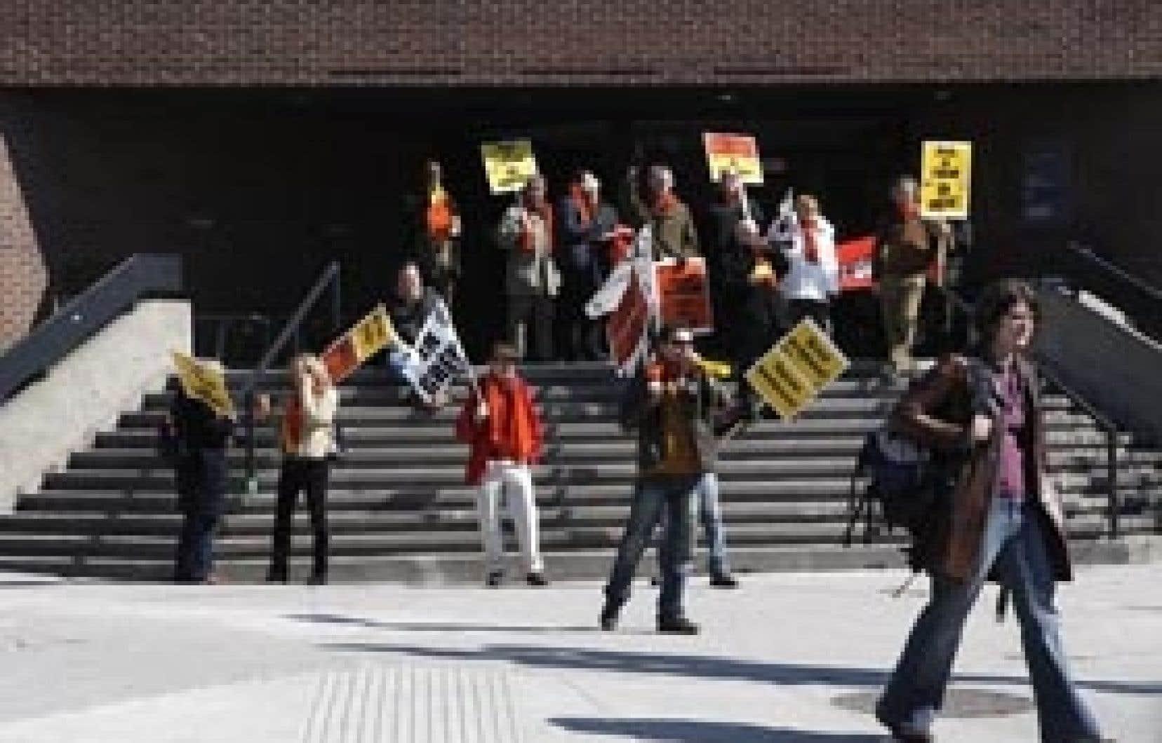 C'est au tour des étudiants en gestion de choisir la grève comme moyen d'appuyer leurs professeurs.