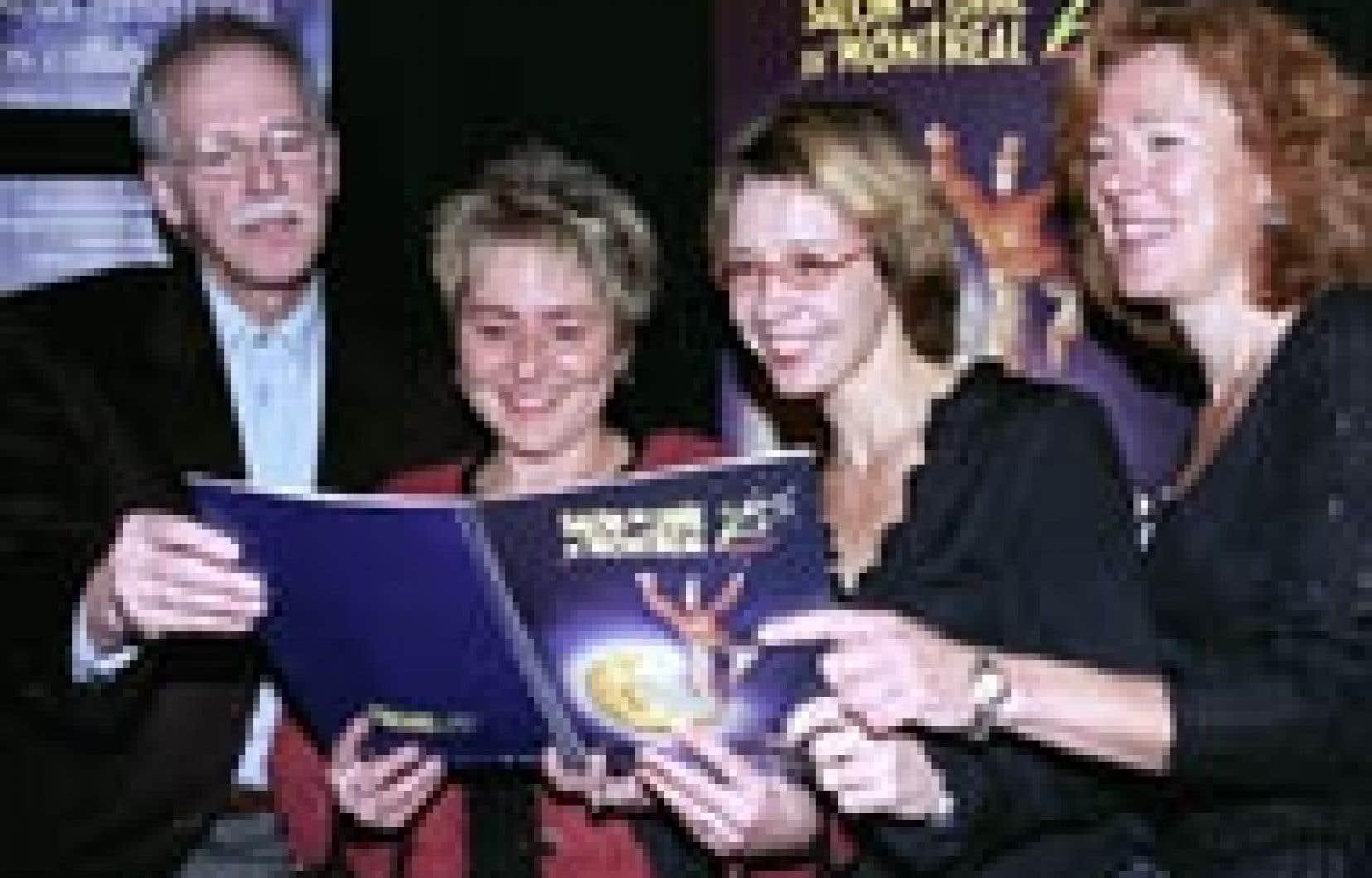 Les écrivains Pierre Morency, Anique Poitras, Élise Turcotte et Dominique Demers.