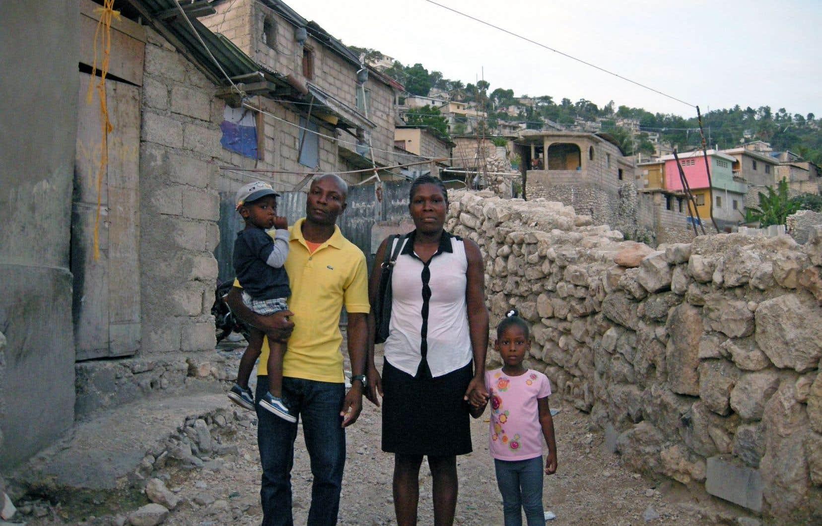 Marie Thane Petion et sa famille, à Port-au-Prince