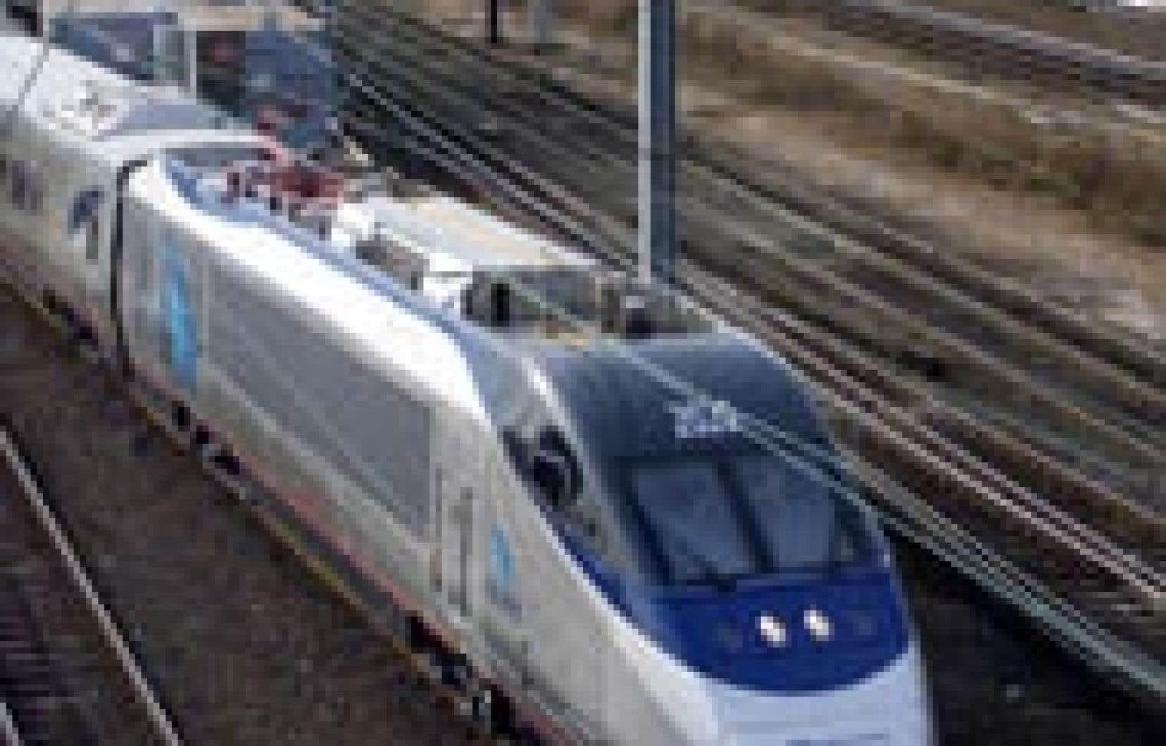 Le fameux train qui donne tant de souci à Amtrak et à Bombardier.