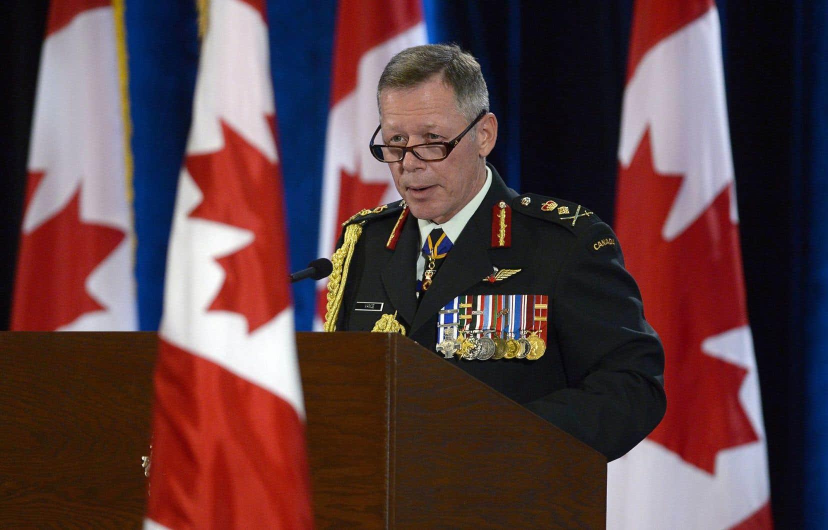 Les Forces canadiennes ont un nouveau grand patron. Le chef d'état-major de la Défense, Jonathan Vance, a été assermenté à Ottawa vendredi.