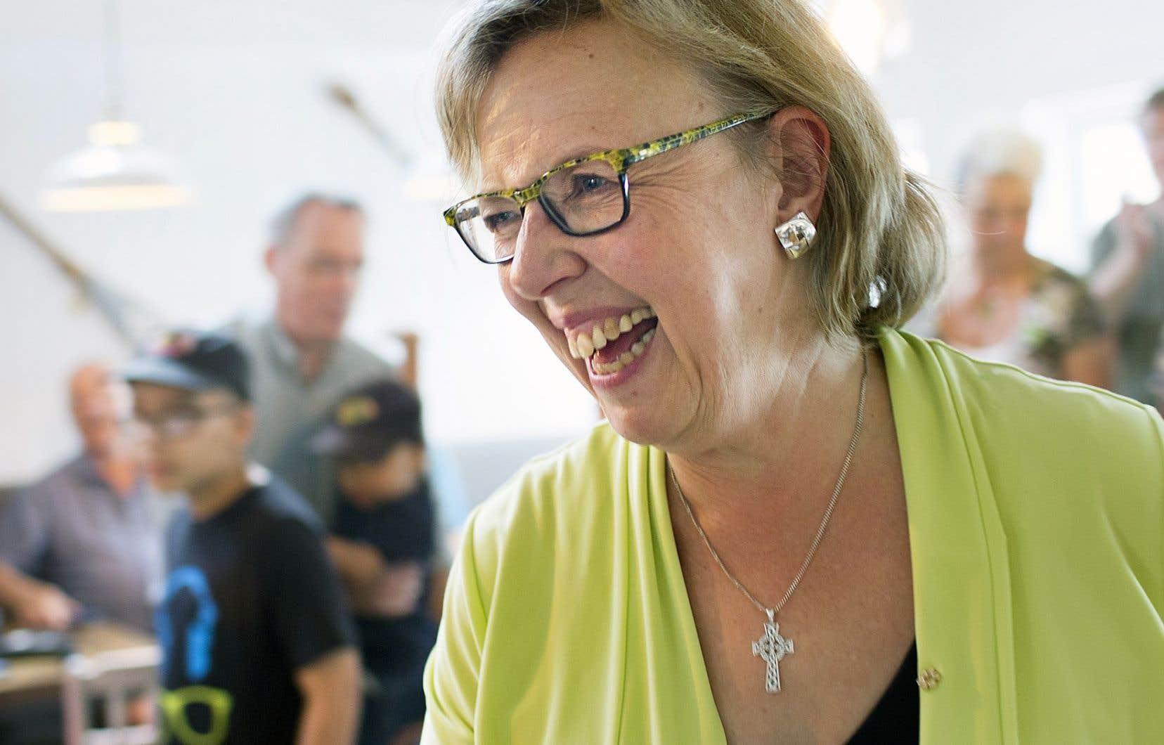La chef du Parti vert, Elizabeth May, était au Québec, dans la circonscription de son candidat-vedette JiCi Lauzon, lundi, pour dévoiler quelques éléments de la politique agricole qu'elle entend mettre de l'avant.