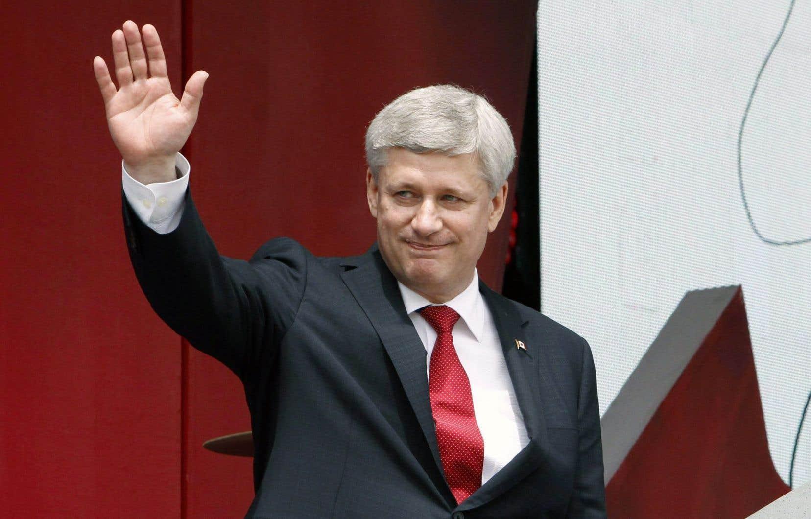 La campagne électorale qui mènera les Canadiens aux urnes le 19 octobre sera la plus longue de l'histoire. Le plafond des dépenses relevé devrait profiter aux conservateurs de Stephen Harper.