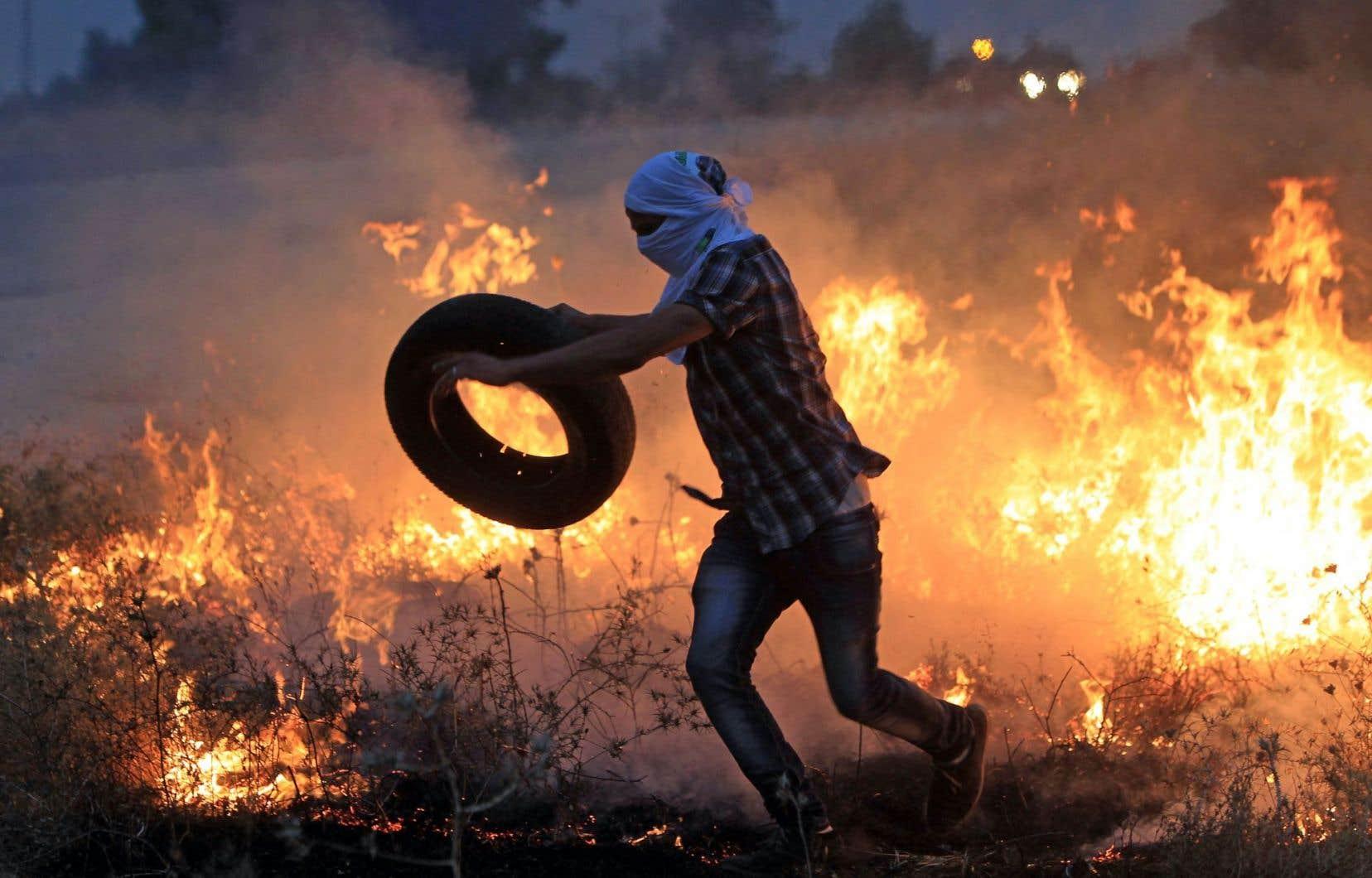 Des affrontements avec les forces de sécurité israéliennes ont suivi une manifestation qui dénonçait la mort d'un bambin dans un incendie criminel, la semaine dernière, en Cisjordanie occupée.