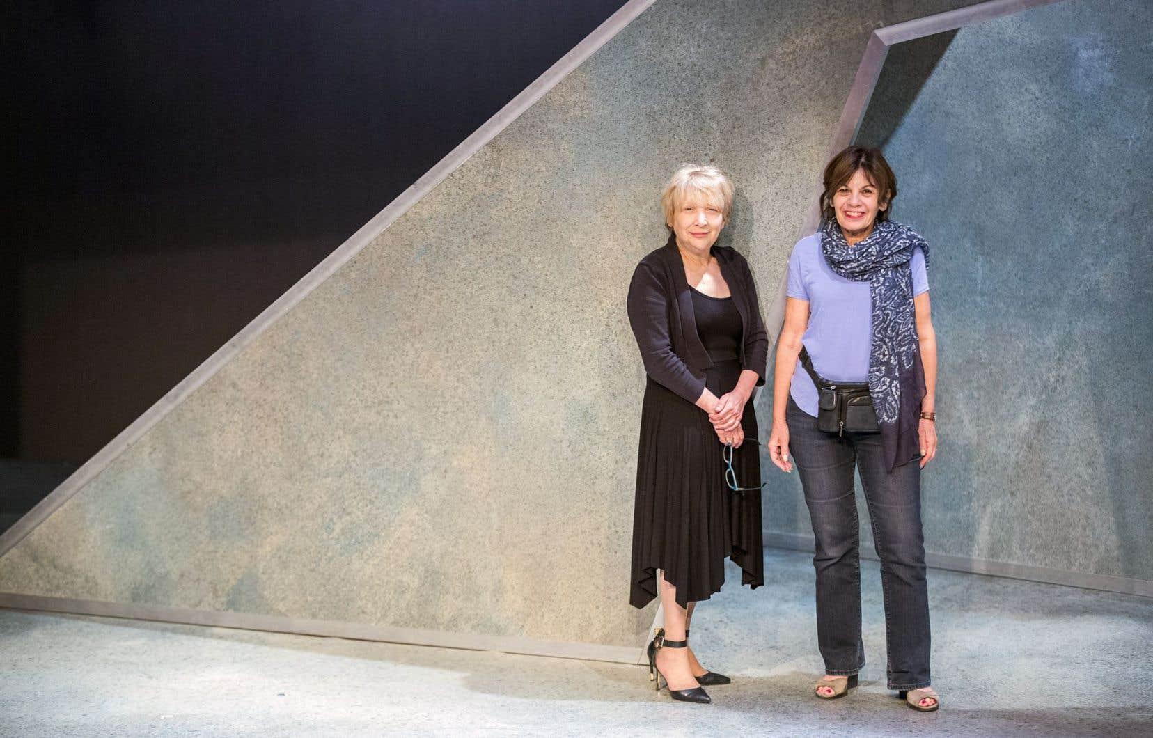 Le Théâtre yiddish Dora Wasserman monte le texte sous la gouverne de deux femmes, Bryna Wasserman et Rachelle Glait.