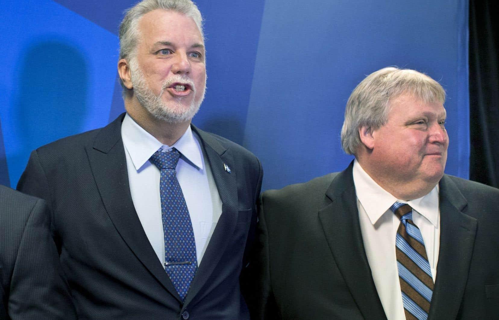 Le premier ministre Philippe Couillard et le ministre de la Santé, Gaétan Barrette