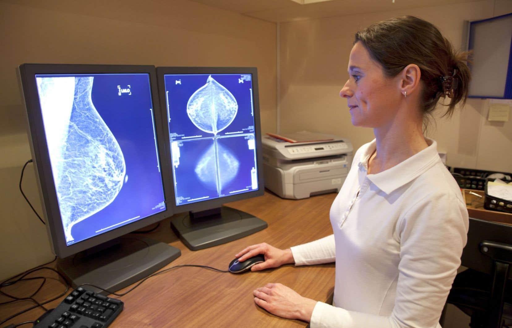 Afin que les femmes comprennent mieux l'enjeu du surdiagnostic, le discours sur le cancer du sein devrait changer.