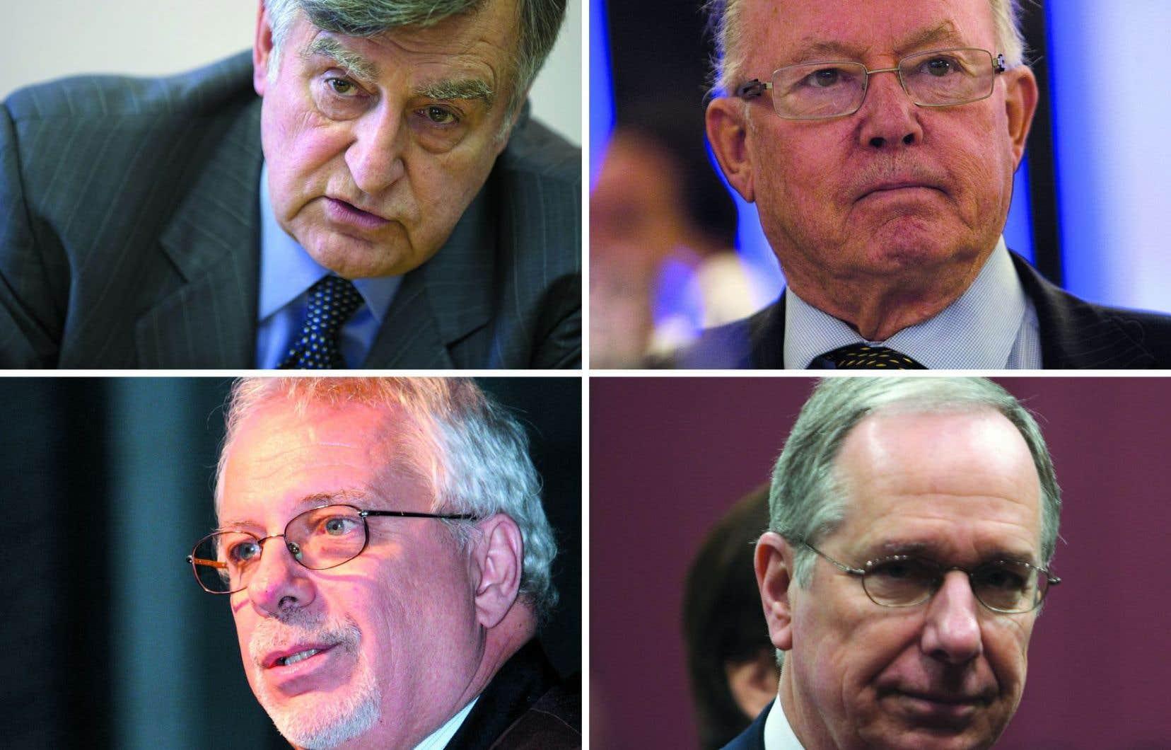 De gauche à droite, les ex-premiers ministres Lucien Bouchard, Bernard Landry, Pierre Marc Johnson et Daniel Johnson signent une lettre en appui au Barreau du Québec.