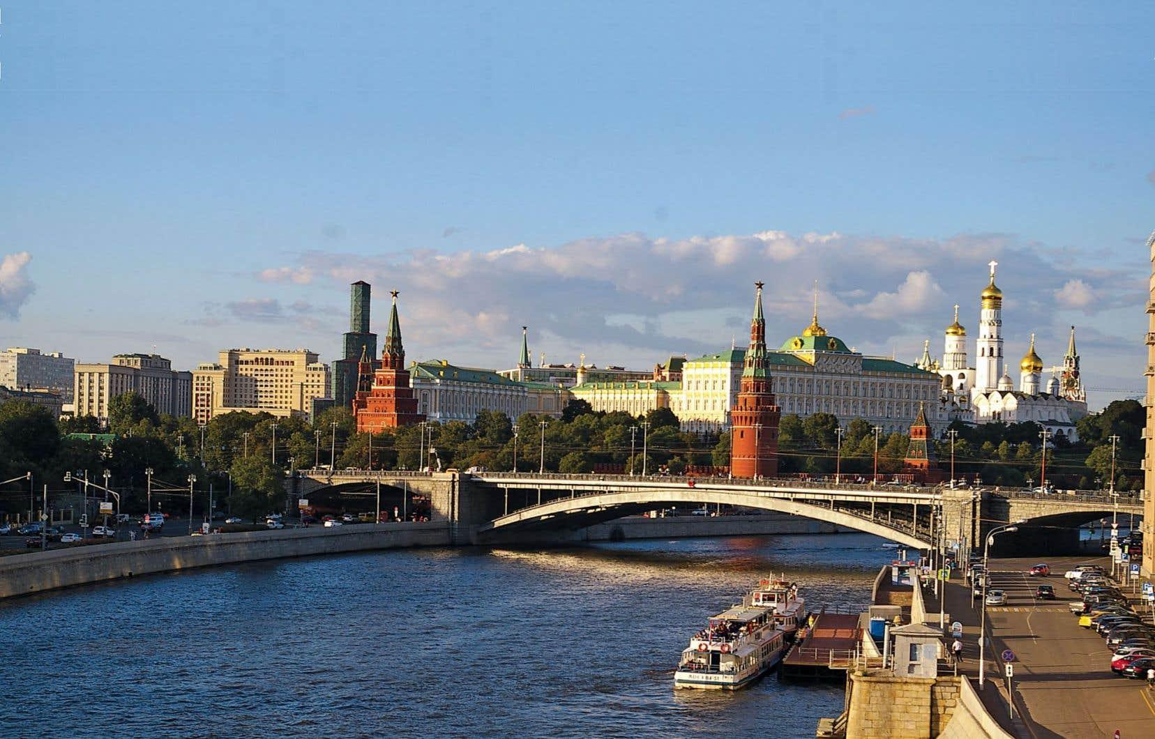 Moscou jouit des largesses de son maître le Kremlin et se refait une beauté.