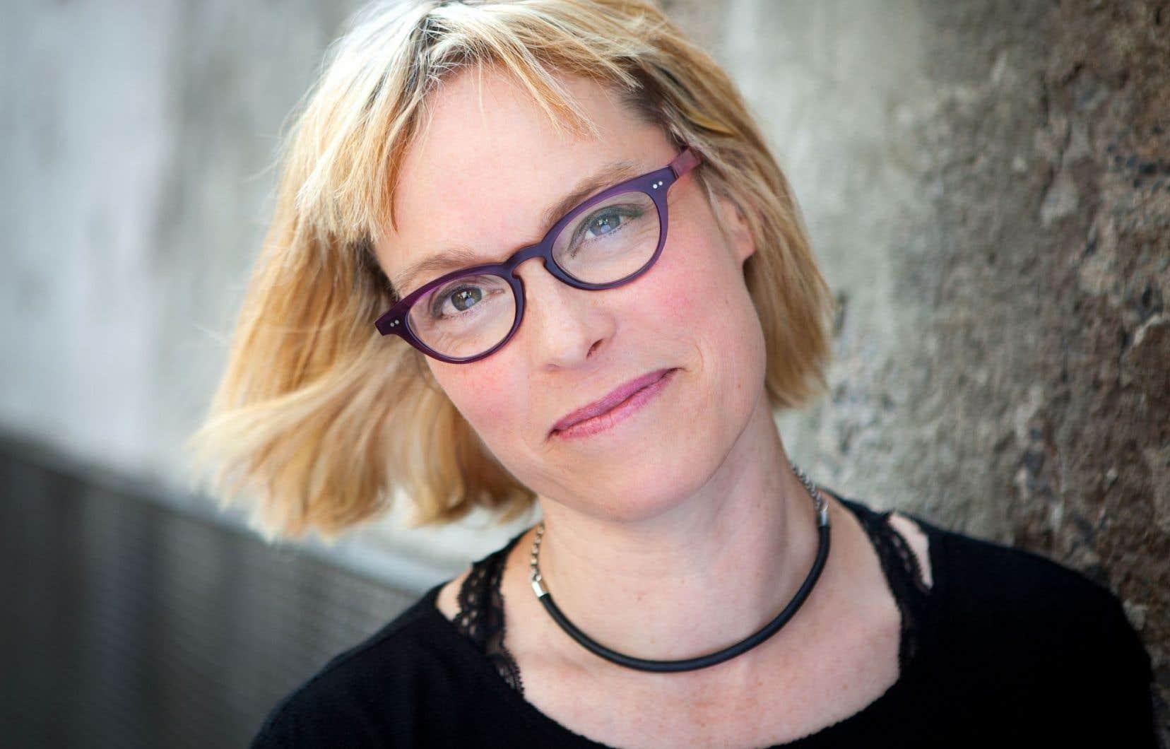 «Blanc dehors» est le quatrièmeroman de Martine Delvaux, aussi essayiste.