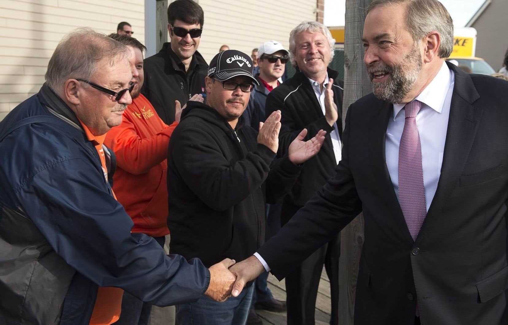 Thomas Mulcair était à Moncton mardi pour annoncer cette réforme majeure. Le taux de chômage au Nouveau-Brunswick est de 10,1%.