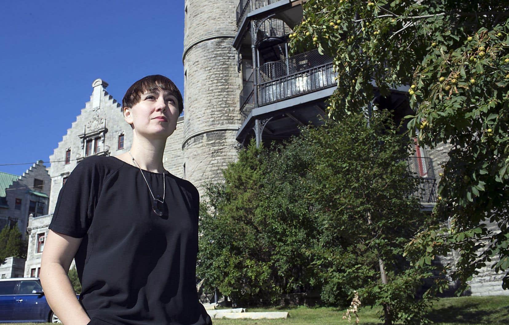 La journaliste et romancière Catherine Leroux