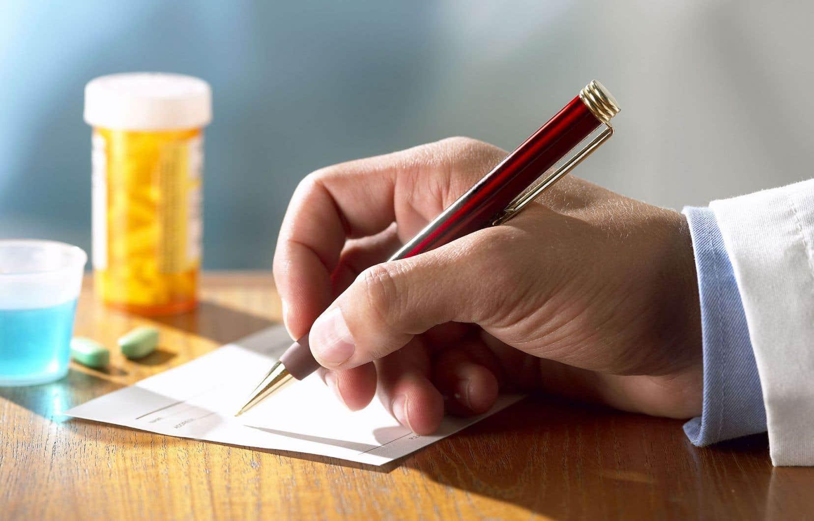 Des médecins spécialistes jugent préoccupant le refus de débattre sur la place publique des frais accessoires.