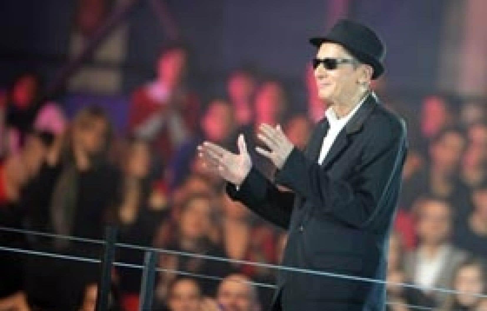 Même affaibli, Alain Bashung est monté sur la scène des Victoires de la musique, le 28 février dernier. En y remportant trois nouveaux trophées, il est devenu l'artiste le plus primé de l'histoire du gala français.