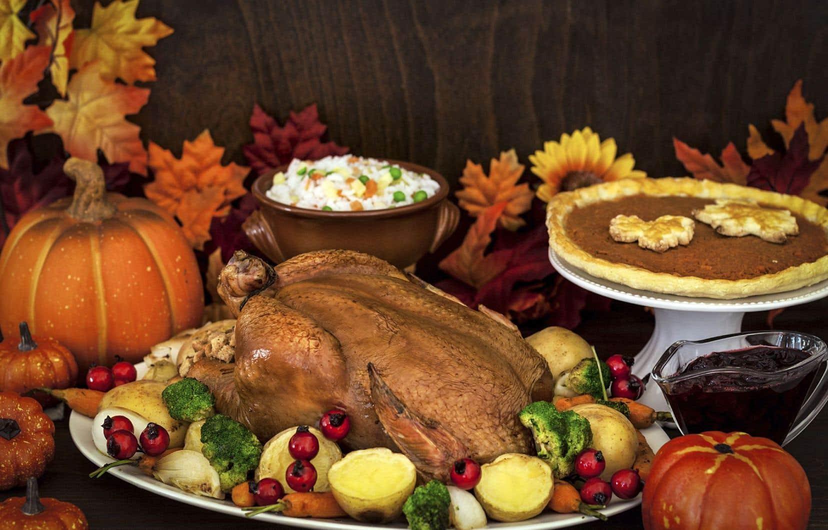 Le temps de l'Action de grâce voit se perpétuer la tradition de servir de la dinde, un potage à la courge et une bonne tarte aux pommes ou à la citrouille.