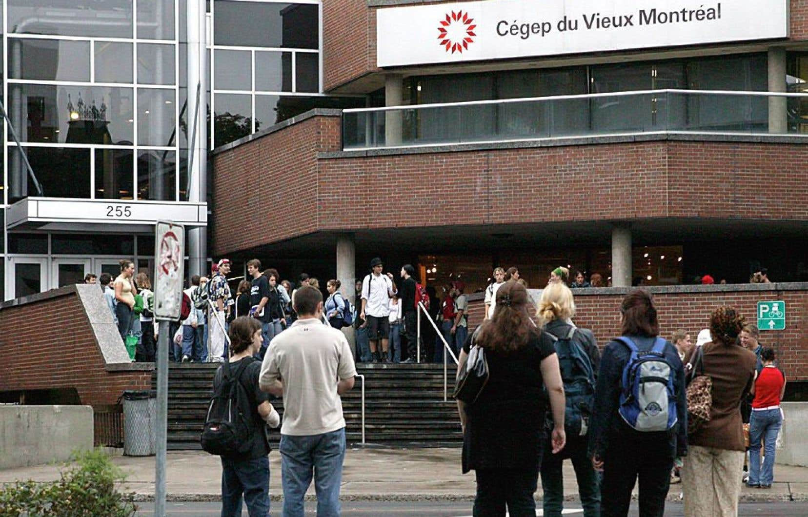 En 2014, le réseau québécois a accueilli 173 383 étudiants inscrits à un diplôme d'études collégiales.
