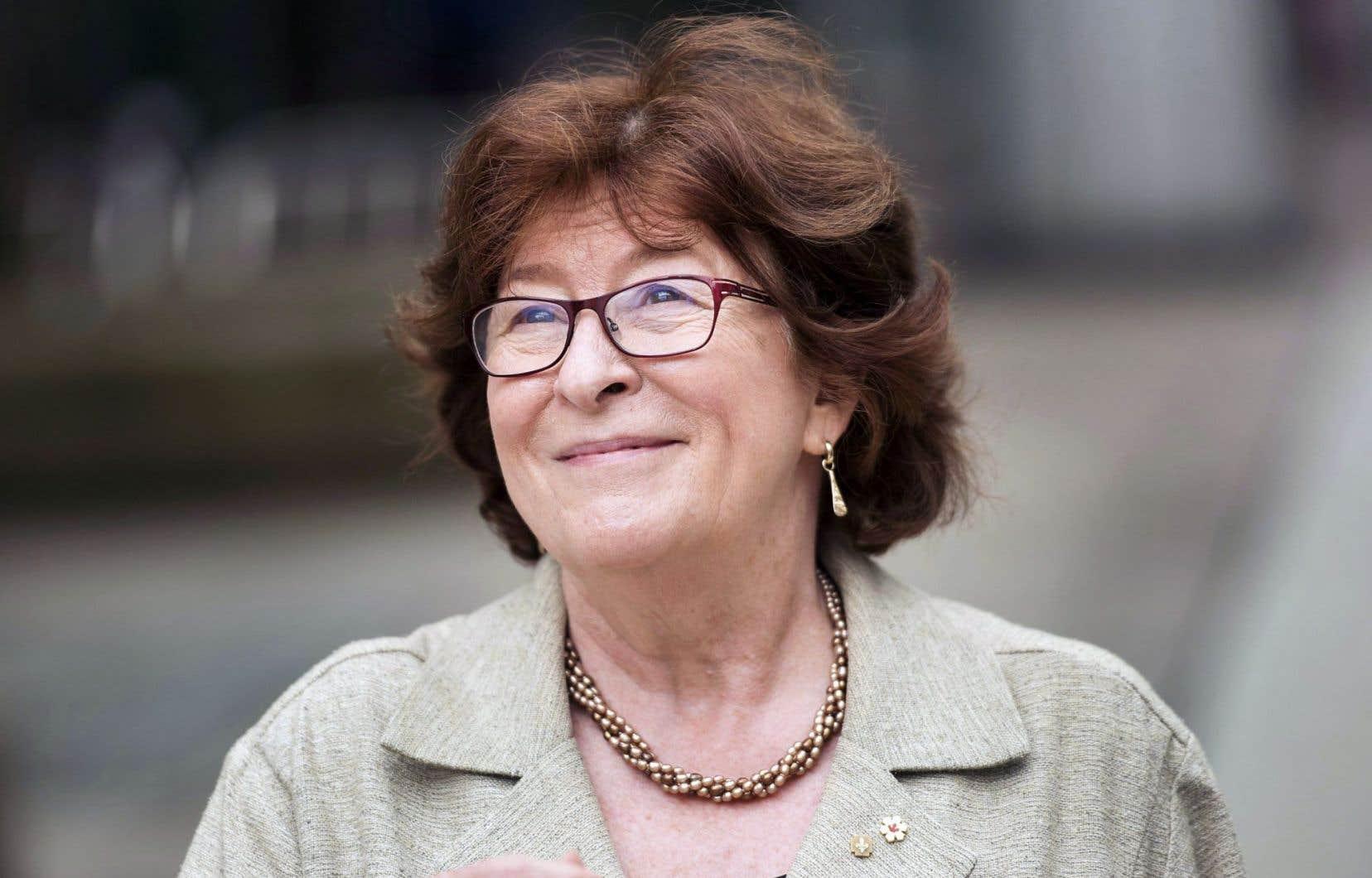 Louise Arbour déplore que des mesures de la loi adoptée l'an dernier aient été enfouies dans un projet de loi fourre-tout, car elles touchent beaucoup de monde qui en ignorent encore l'existence.