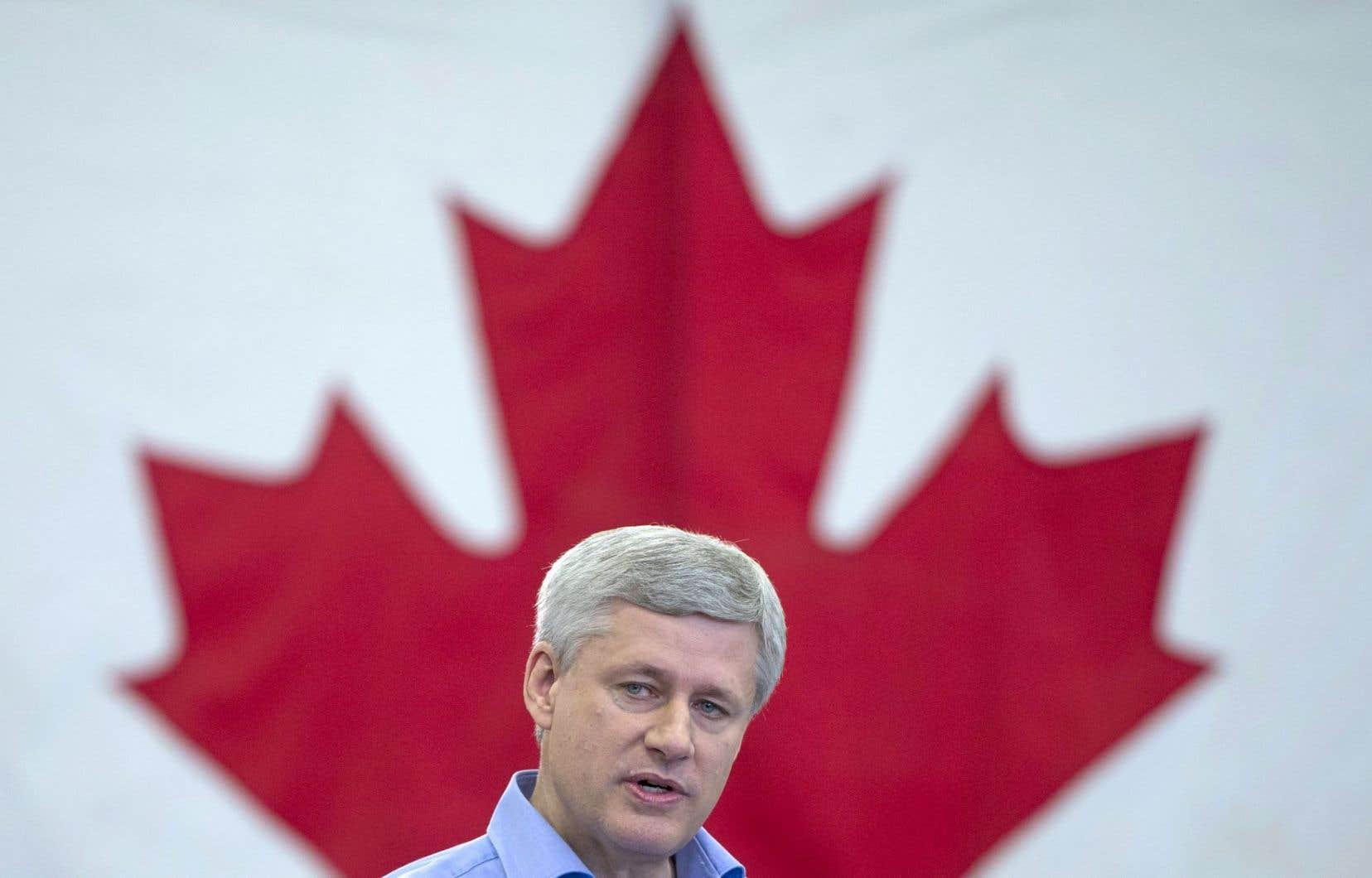 Les conservateurs de Stephen Harper ont tenté de présenter un changement de gouvernement comme un risque pour l'économie.